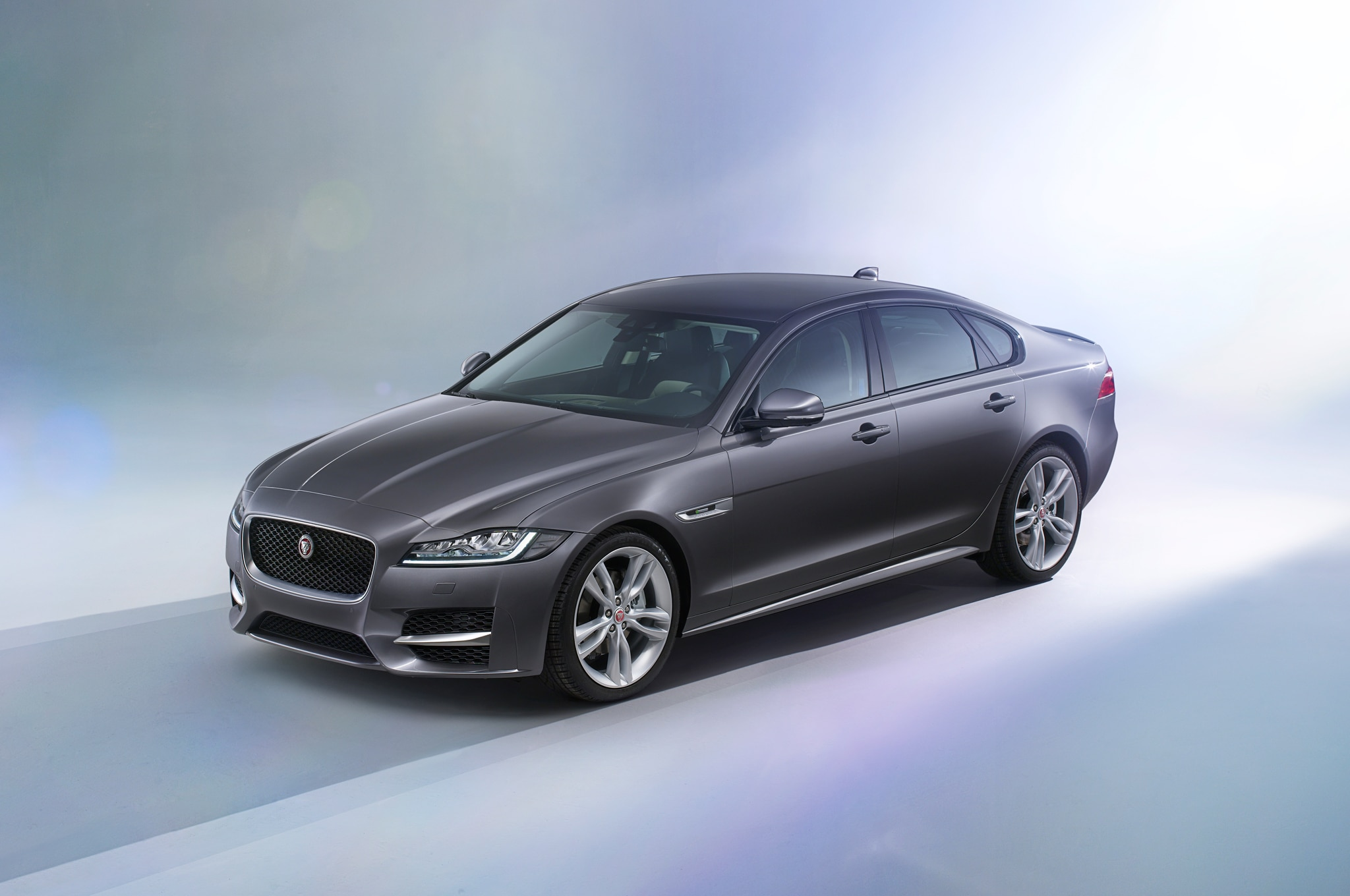 2016 jaguar xf review. Black Bedroom Furniture Sets. Home Design Ideas