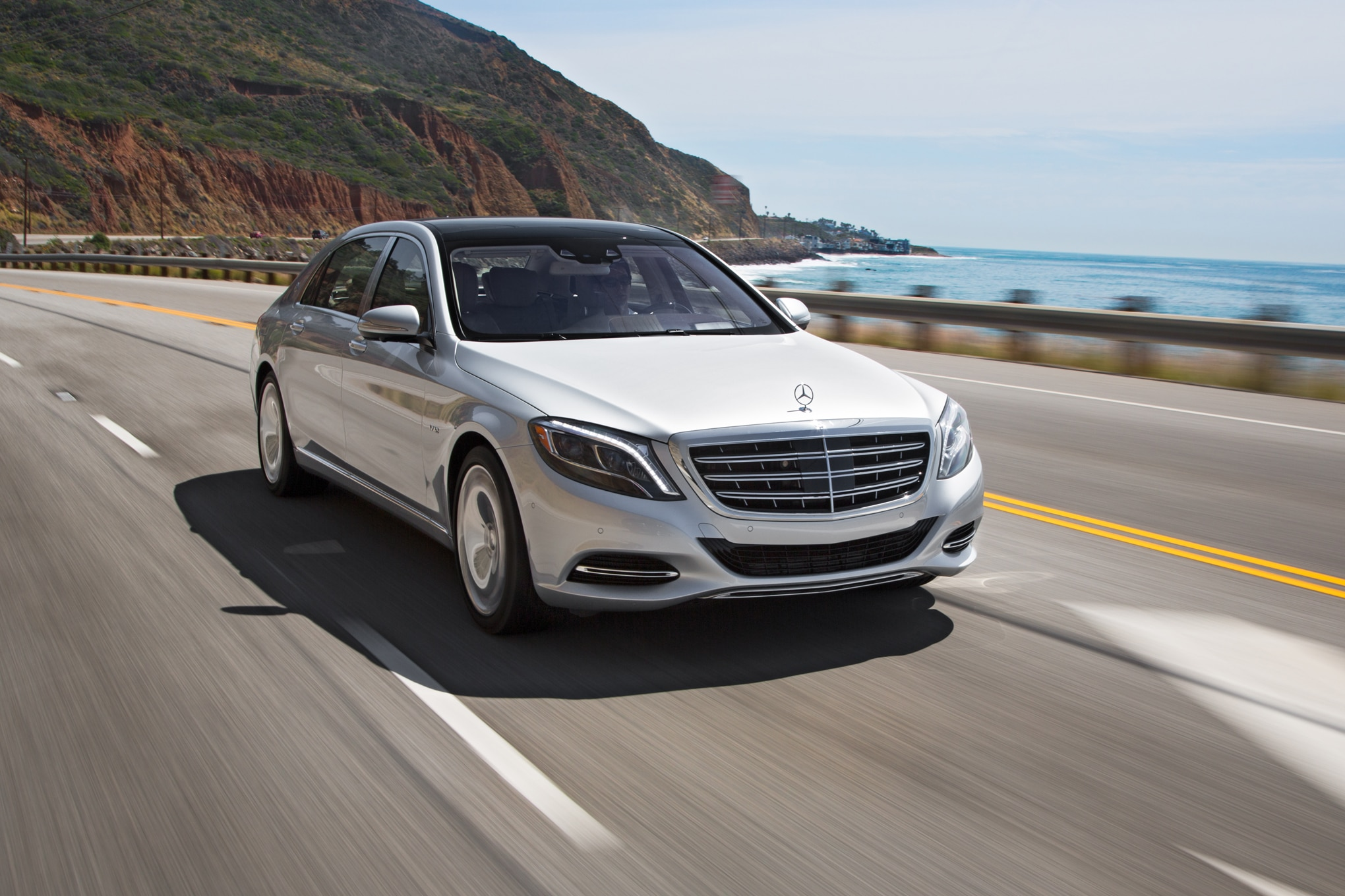 2016 mercedes maybach s600 debuts in l a with ultra luxury trimmings. Black Bedroom Furniture Sets. Home Design Ideas