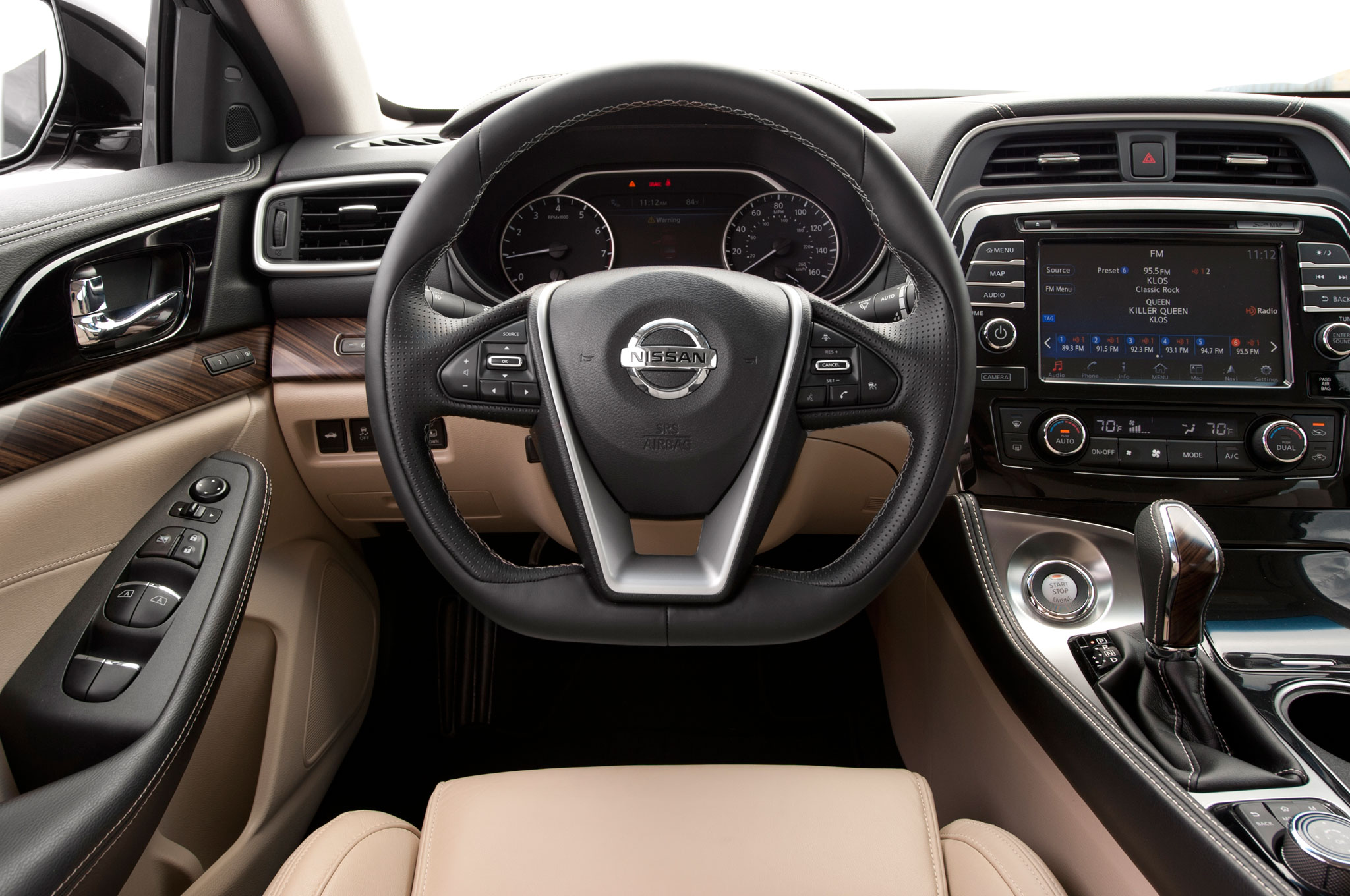 2016 Nissan Maxima Platinum Steering Wheel And Center Stack