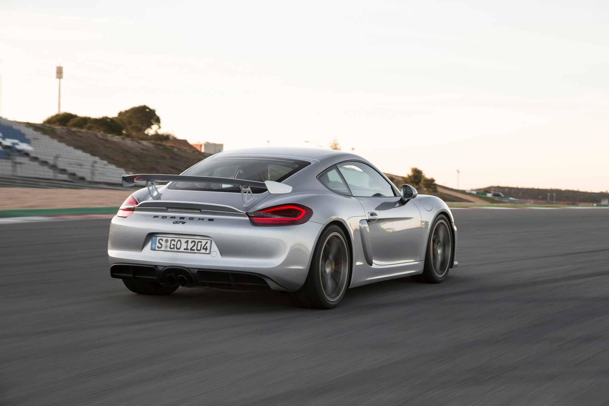 2016 porsche cayman joins black edition lineup. Black Bedroom Furniture Sets. Home Design Ideas