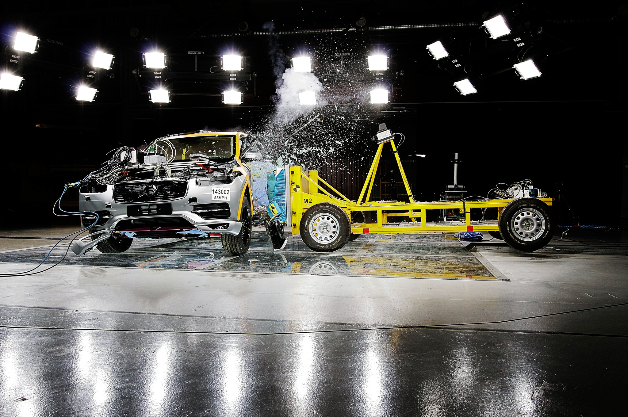 Watch the 2016 Volvo XC90 Beast the Small Front Overlap Crash Test