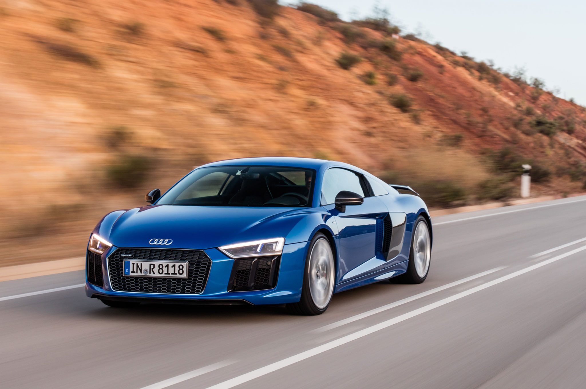 Beau 2017 Audi R8 V10 Plus Front Three Quarter In Motion 02