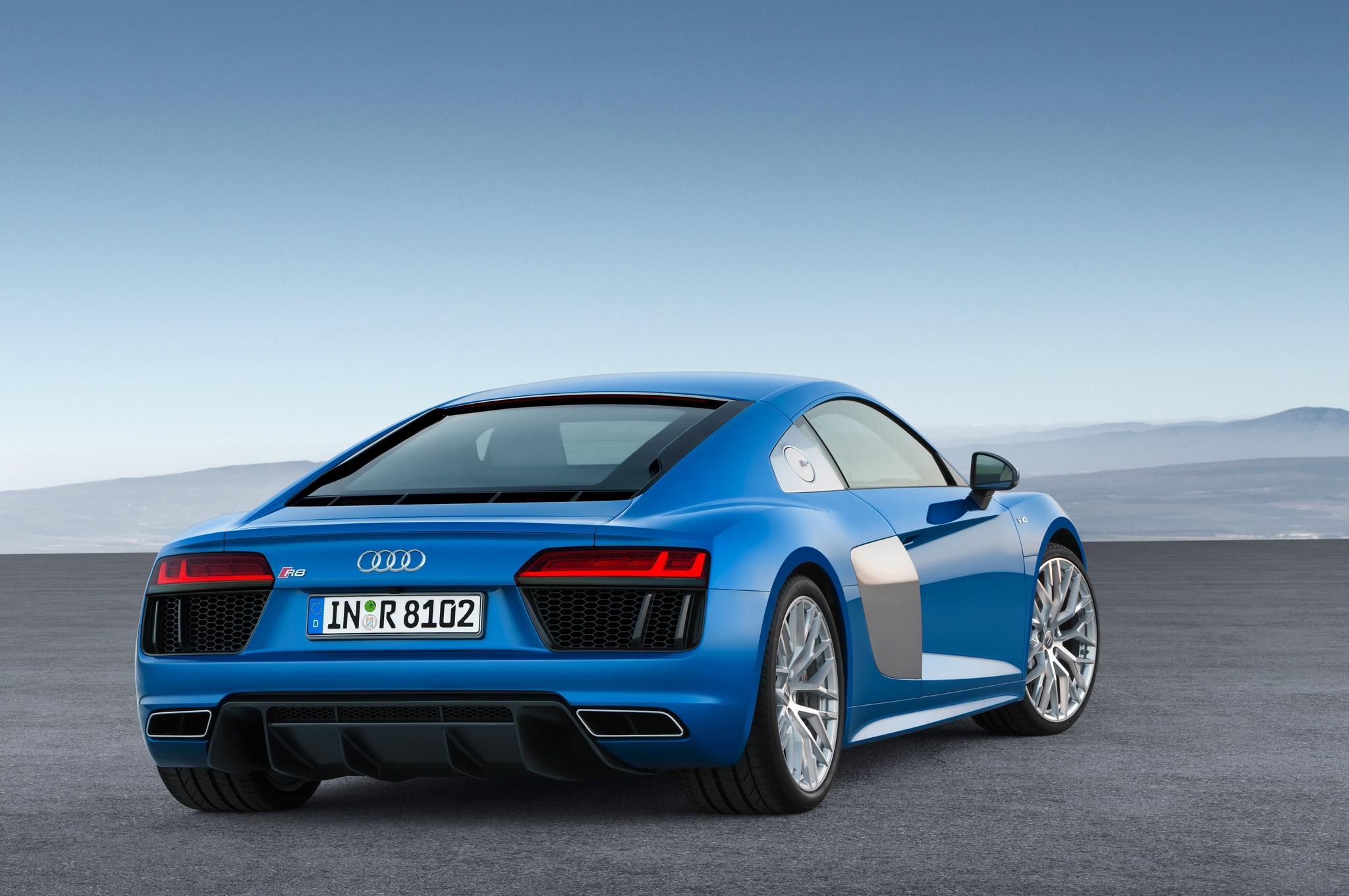 2017 Audi R8 V10. 55|105