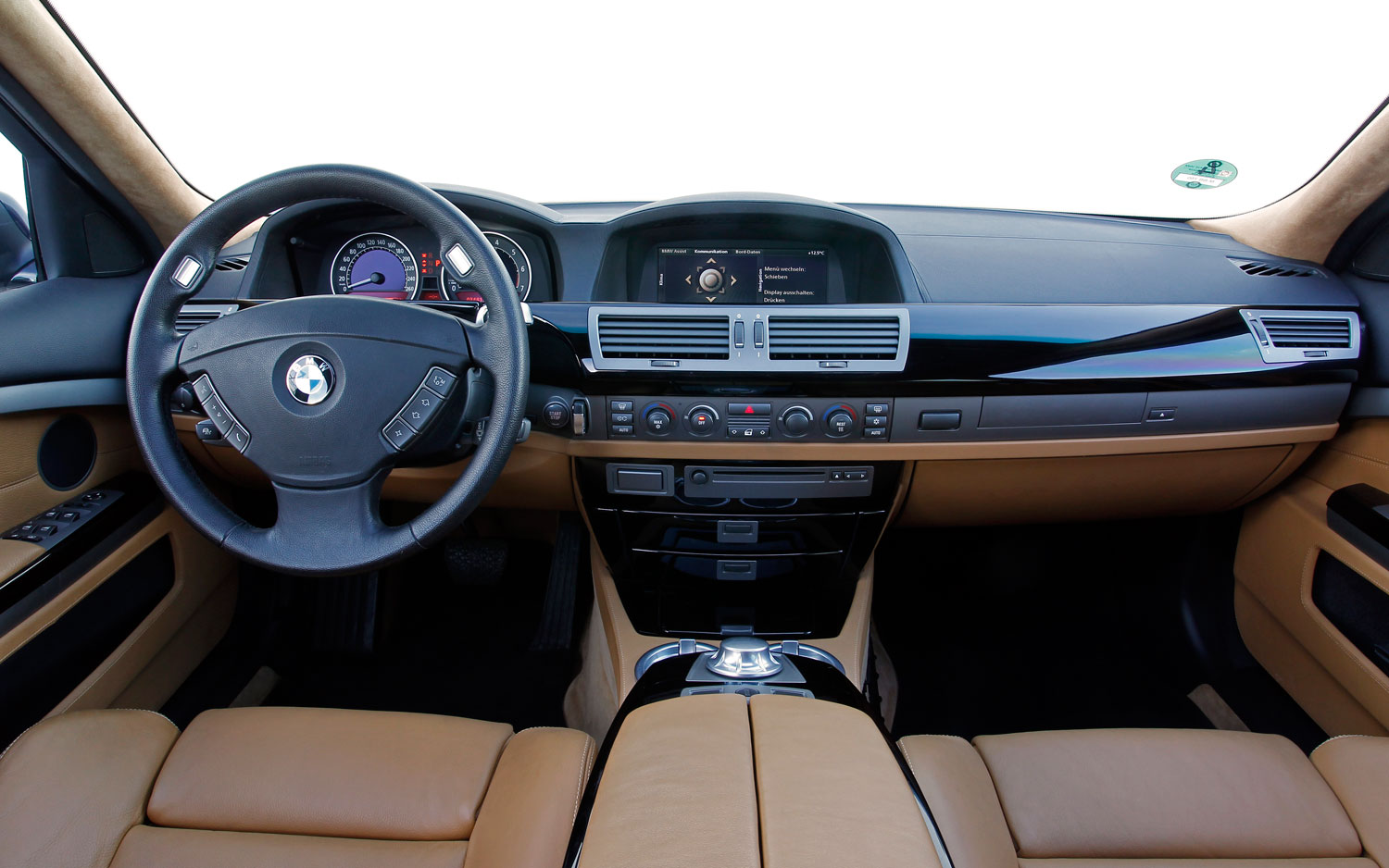 BMW 7 Series Focuses On Tech