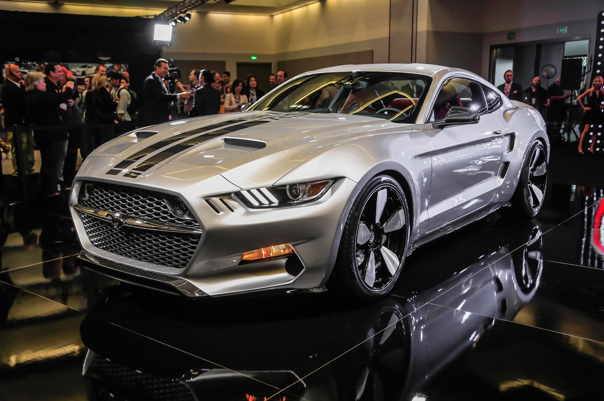 Michael Bay Reveals New Barricade Ford Mustang ... Mustang