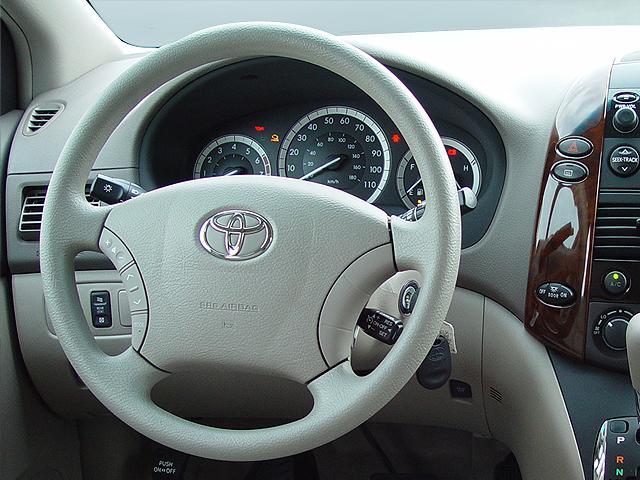 Mini Van Steering Wheel : Toyota sienna review automobile magazine