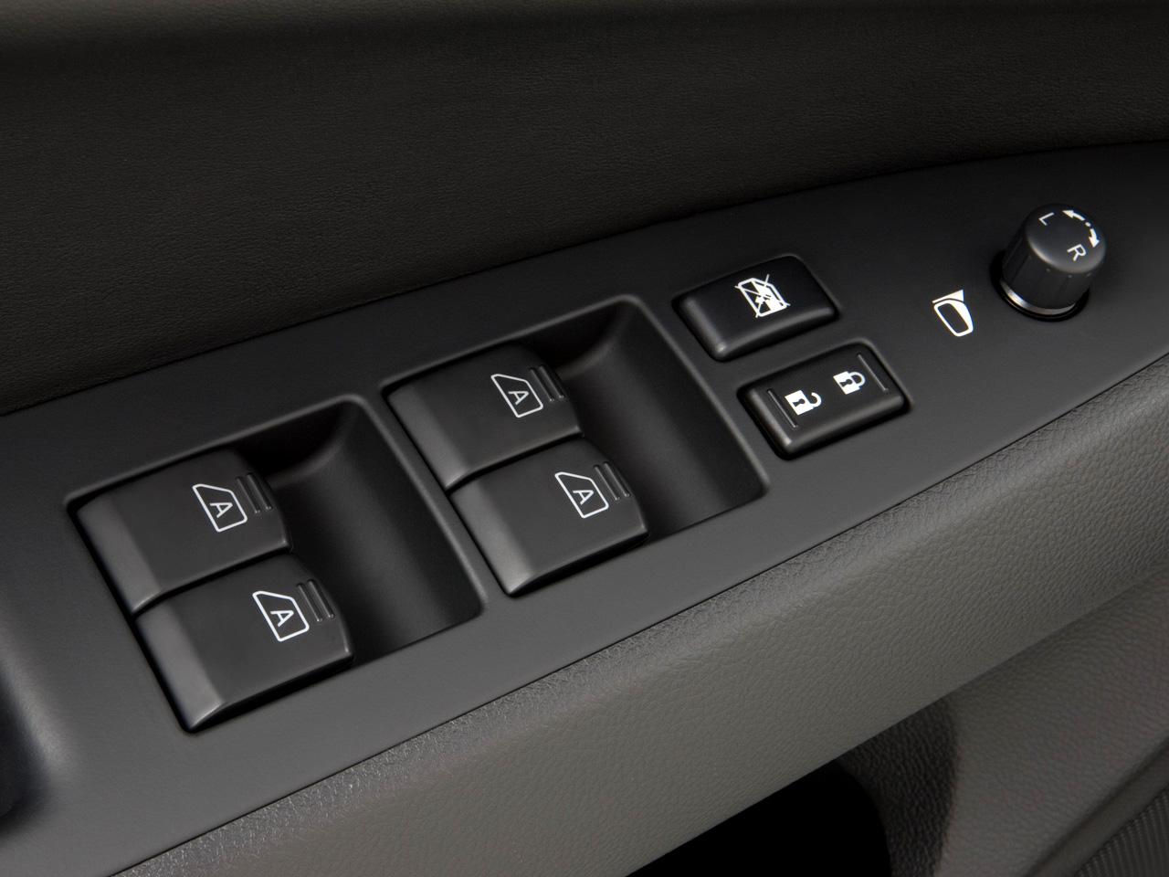 car door lock button. 32|36 Car Door Lock Button