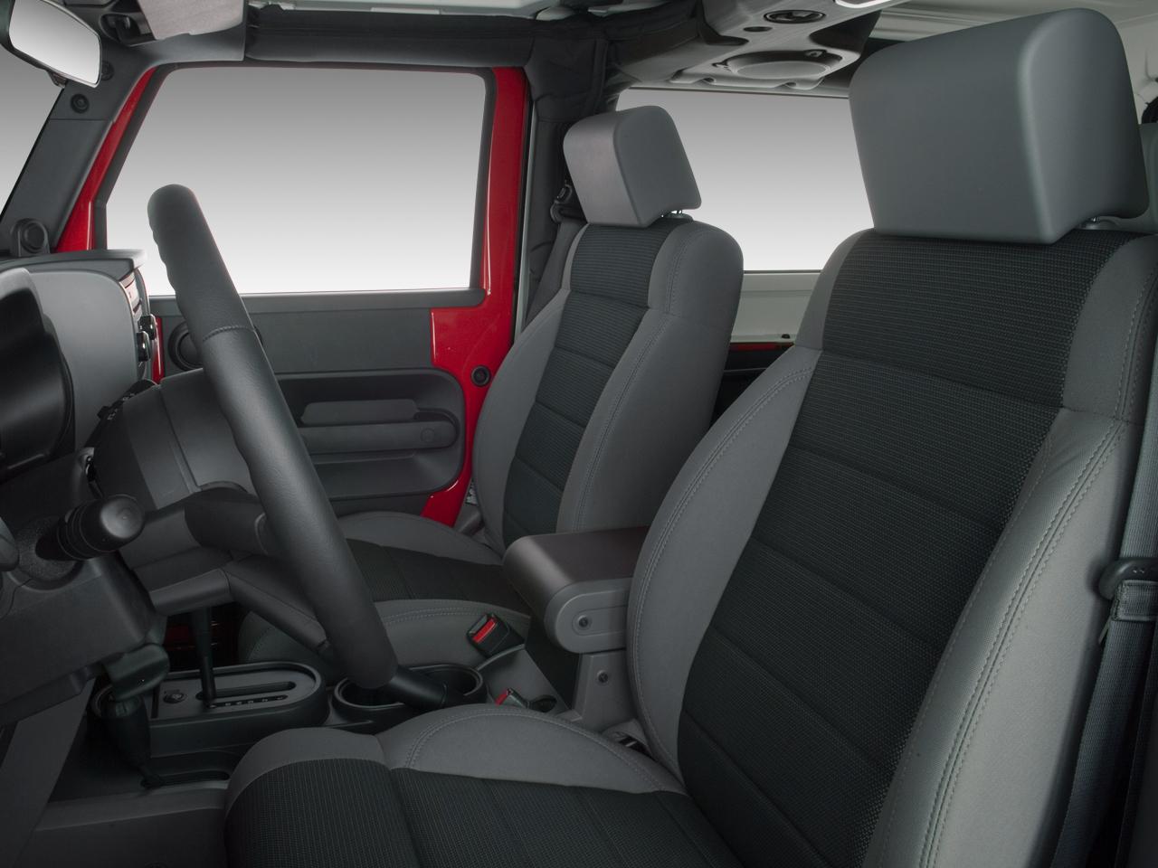 2007 jeep wrangler unlimited 2006 new york international auto show nyias automobile magazine. Black Bedroom Furniture Sets. Home Design Ideas