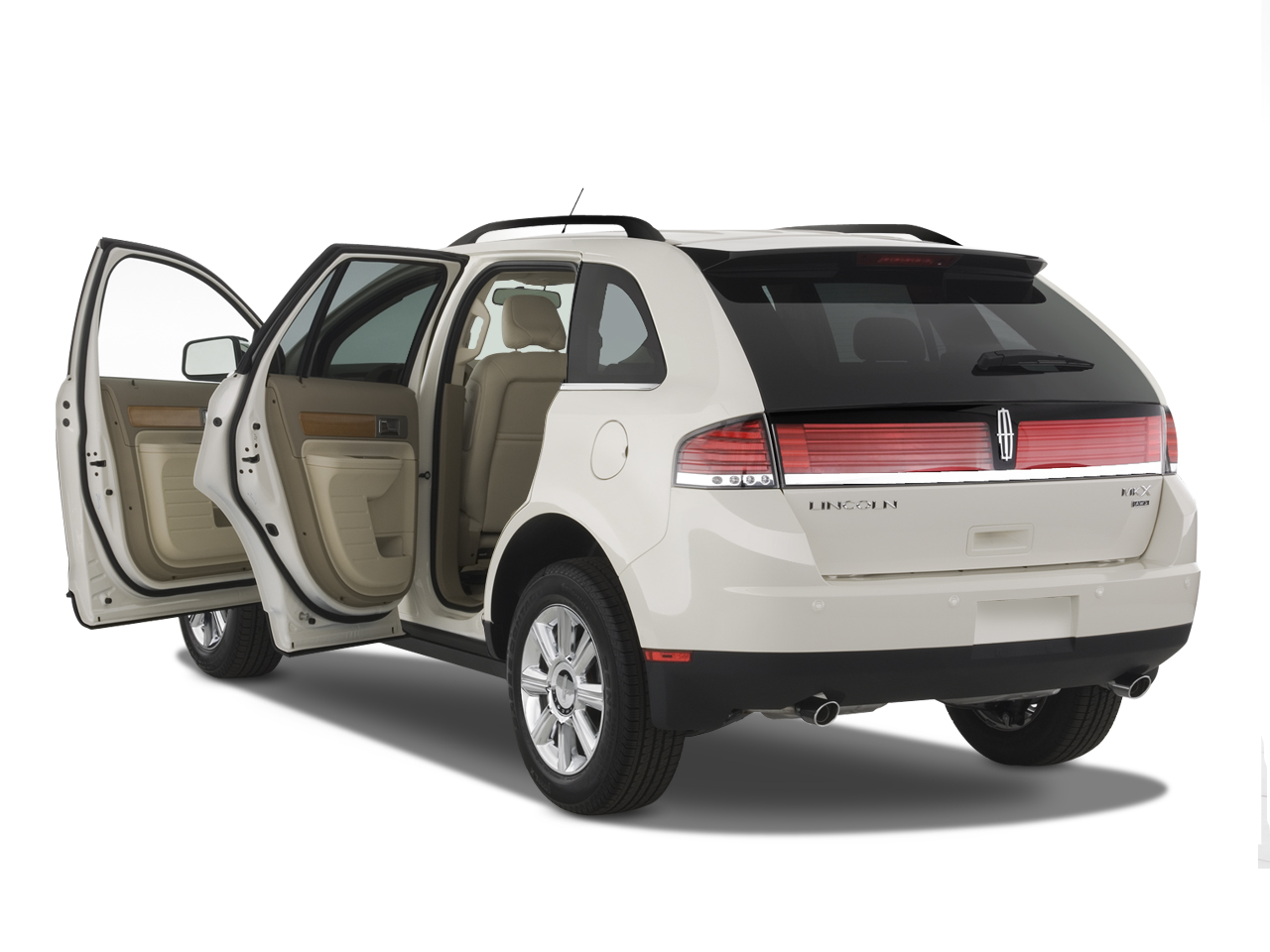 http://st.automobilemag.com/uploads/sites/10/2015/11/2007-lincoln-mkx-awd-suv-doors.png