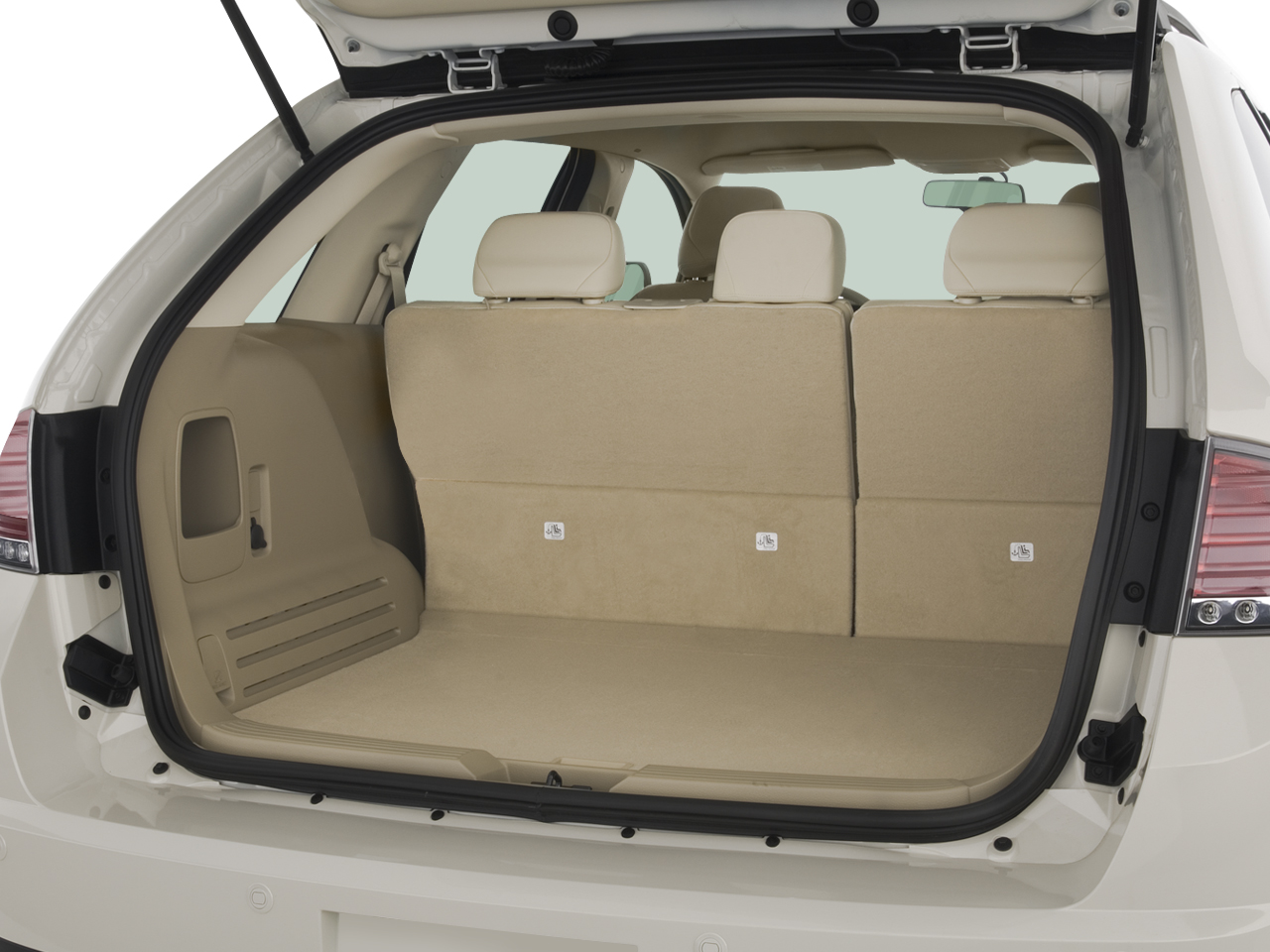 http://st.automobilemag.com/uploads/sites/10/2015/11/2007-lincoln-mkx-awd-suv-trunk.png
