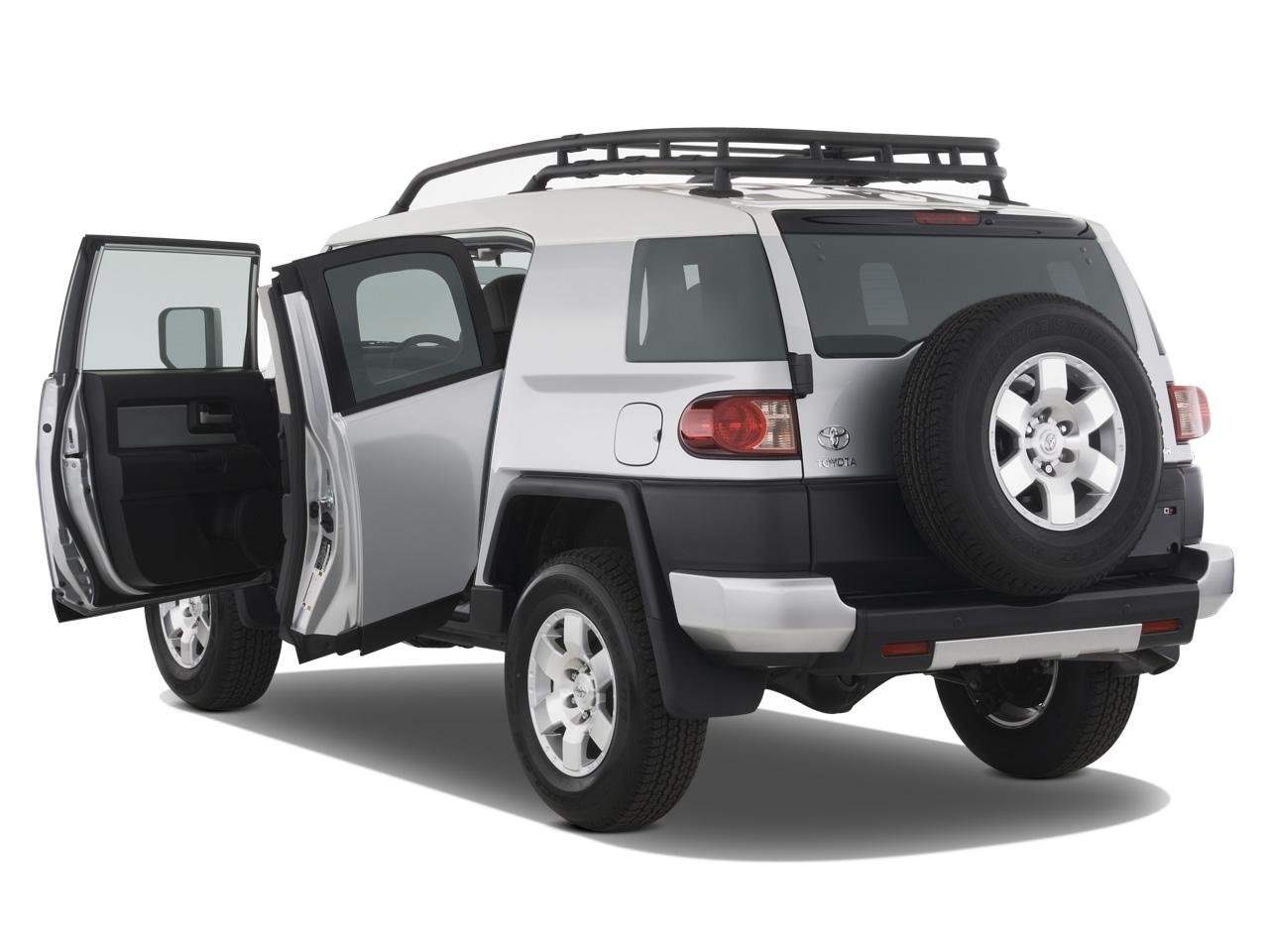 2007 toyota fj cruiser 2006 detriot auto show automobile magazine. Black Bedroom Furniture Sets. Home Design Ideas