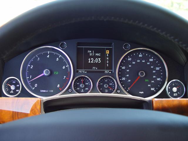 Alfa Romeo 4C 0 60 >> 2007 Volkswagen Touareg V-10 TDI Pikes Peak Hill Climb ...