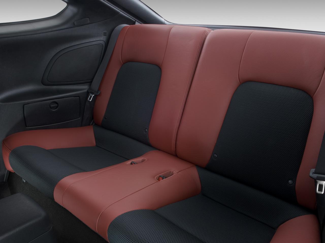 2008 hyundai tiburon gt v6 hyundai sport coupe review for Interior back doors
