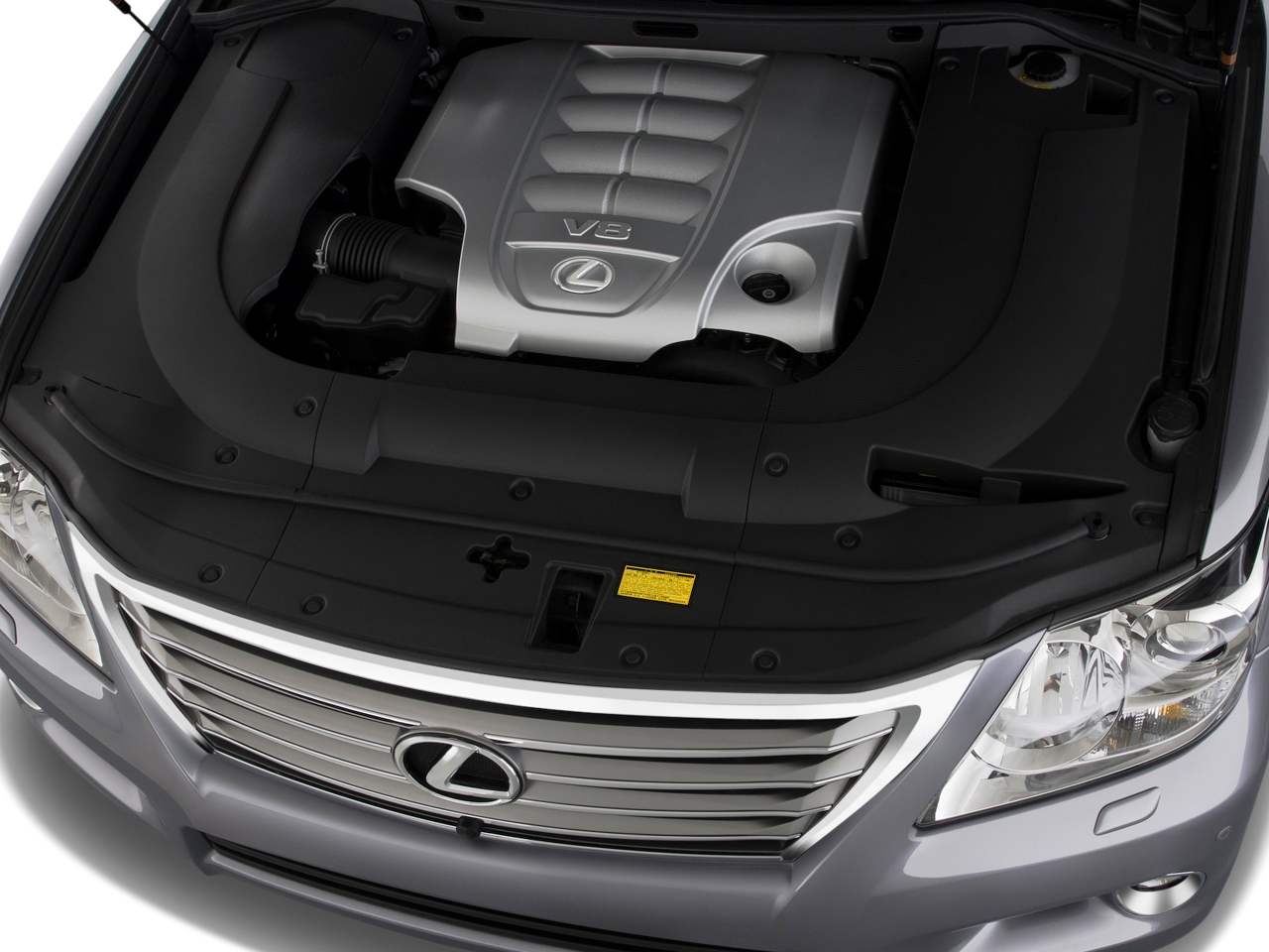 http://st.automobilemag.com/uploads/sites/10/2015/11/2008-lexus-lx-570-sport-utility-suv-engine.png