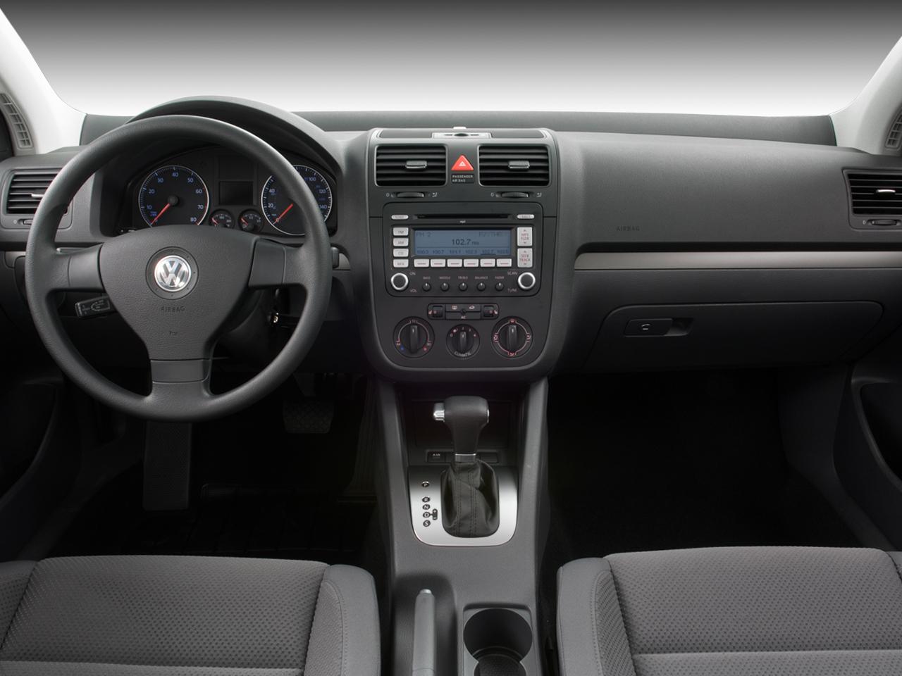 2008 Volkswagen Rabbit S Volkswagen Golf Sport Hatchback