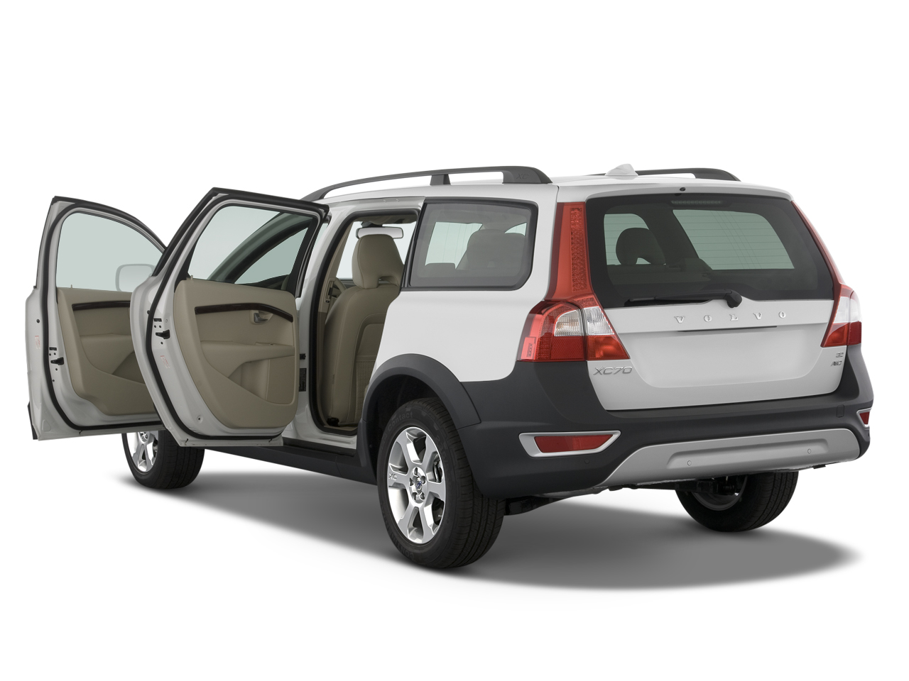 preview 2008 volvo v70 xc70 latest news features and reviews automobile magazine. Black Bedroom Furniture Sets. Home Design Ideas