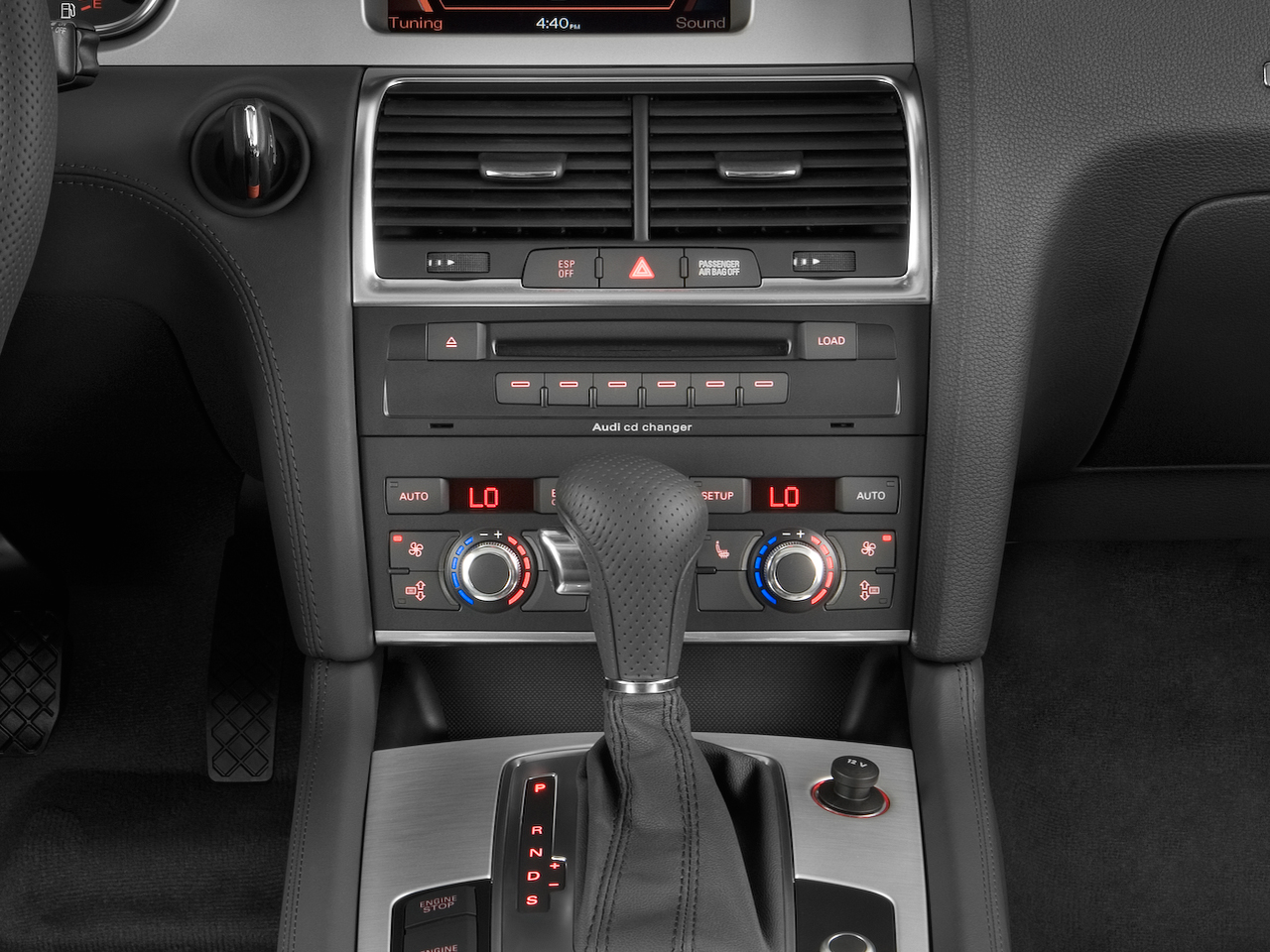 2009 audi q7 3 0 tdi quattro fuel efficient news car. Black Bedroom Furniture Sets. Home Design Ideas