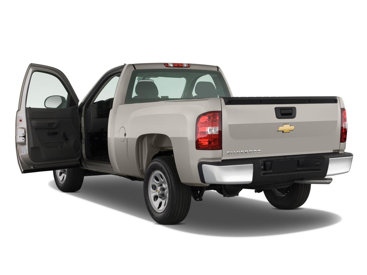 Silverado Hybrid Review >> 2009 Chevrolet Silverado Hybrid - Chevy Hybrid Pickup Truck Review - Automobile Magazine
