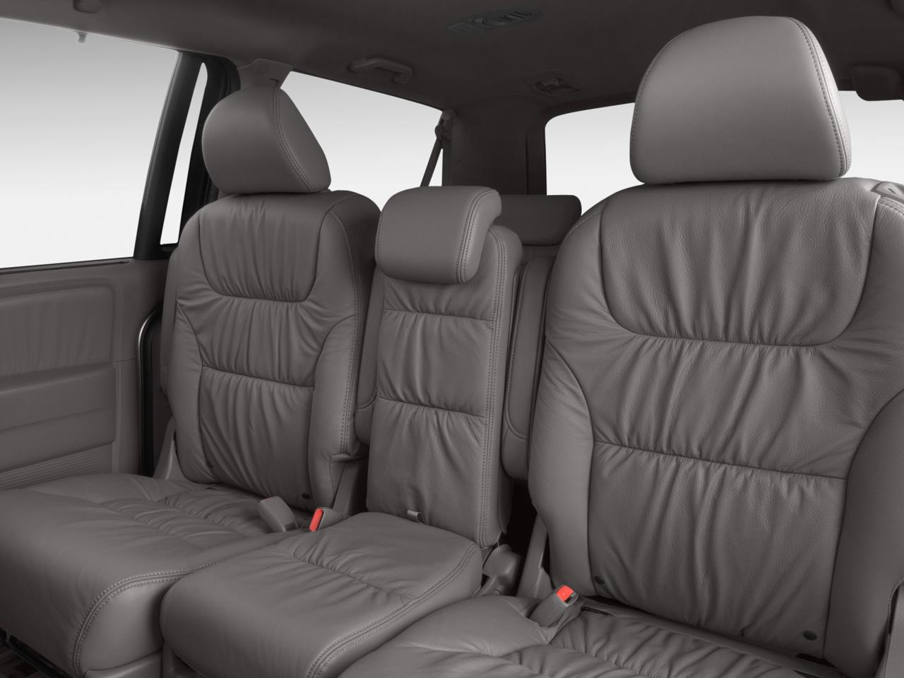 2009 honda odyssey touring honda minivan review for Honda odyssey seating