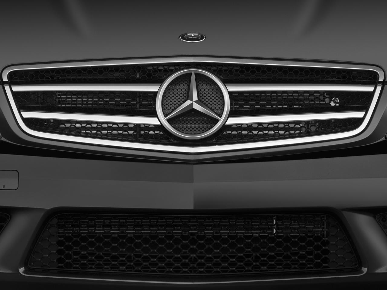2009 mercedes benz c300 mercedes benz luxury sedan for Mercedes benz c300 grill