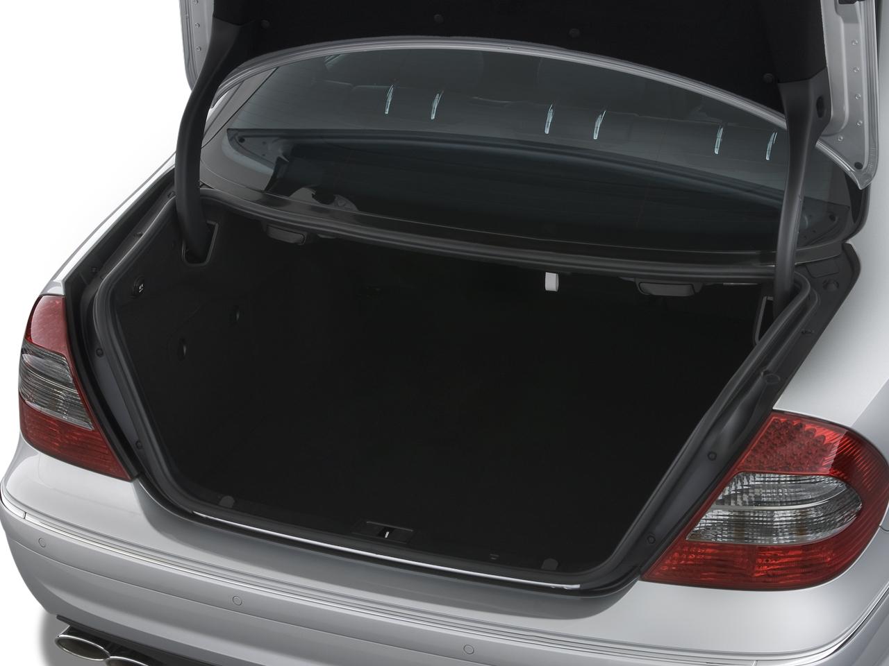 2009 mercedes benz e250 bluetec concept 2009 new york for How to open the trunk of a mercedes benz e320