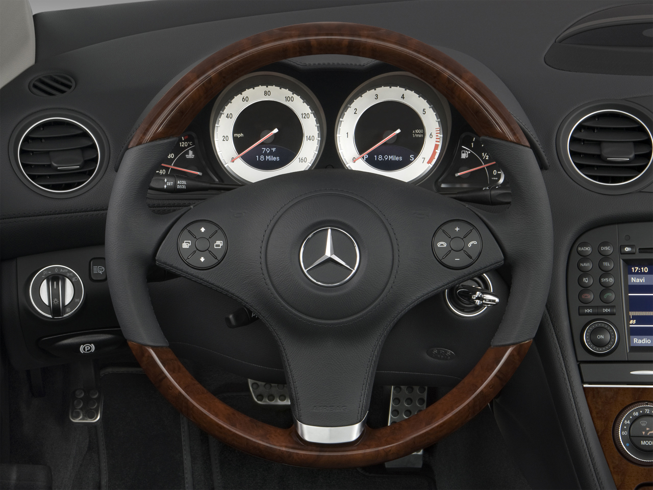 2009 Mercedes Benz Sl63 Amg Roadster Mercedes Benz Luxury Convertible Review Automobile Magazine