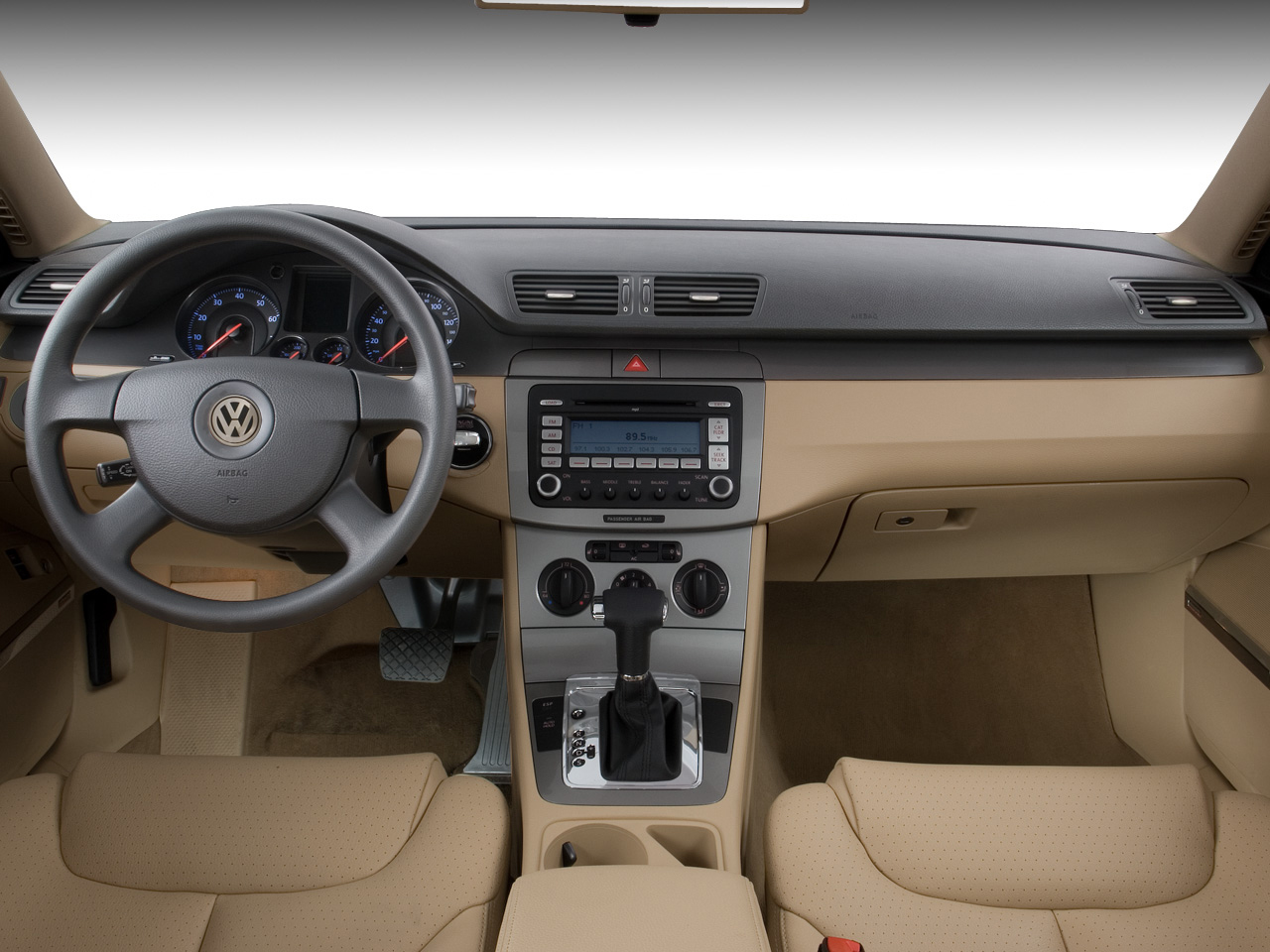 2009 volkswagen low roofed wagon new and future cars for Volkswagen passat interior