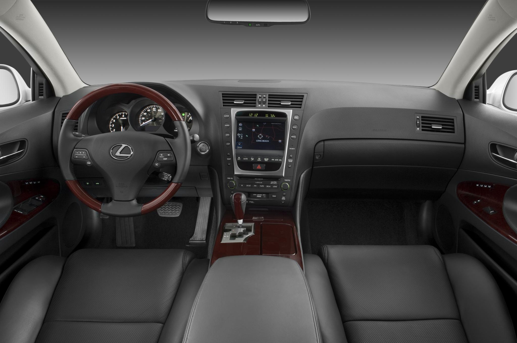 http://st.automobilemag.com/uploads/sites/10/2015/11/2010-lexus-gs-460-sedan-dashboard.png