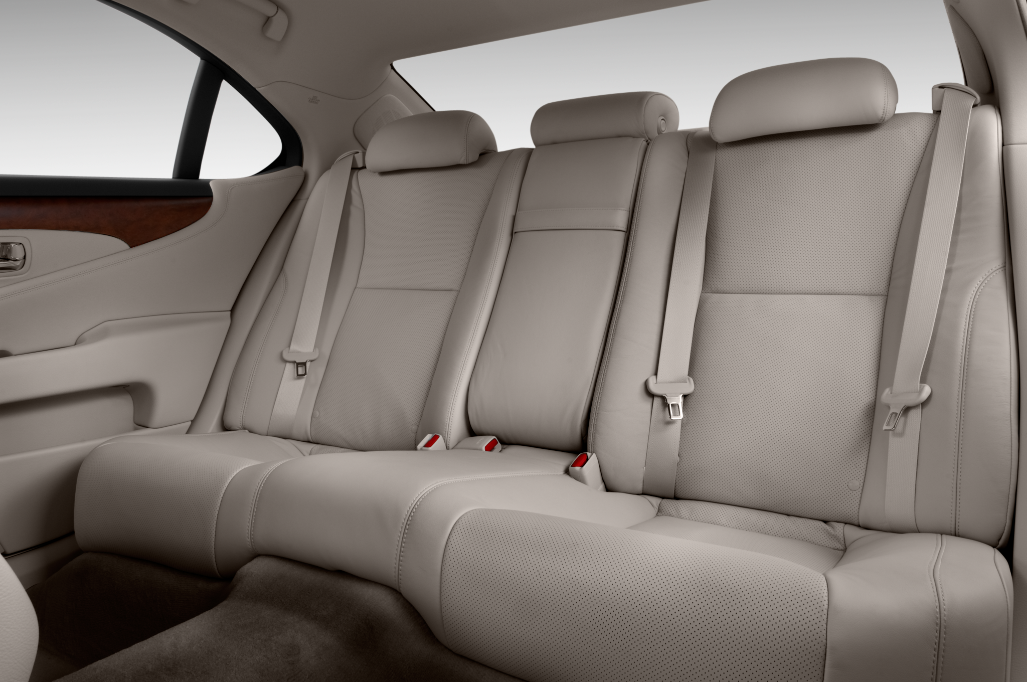 lexus lsl lexus luxury sedan review automobile magazine