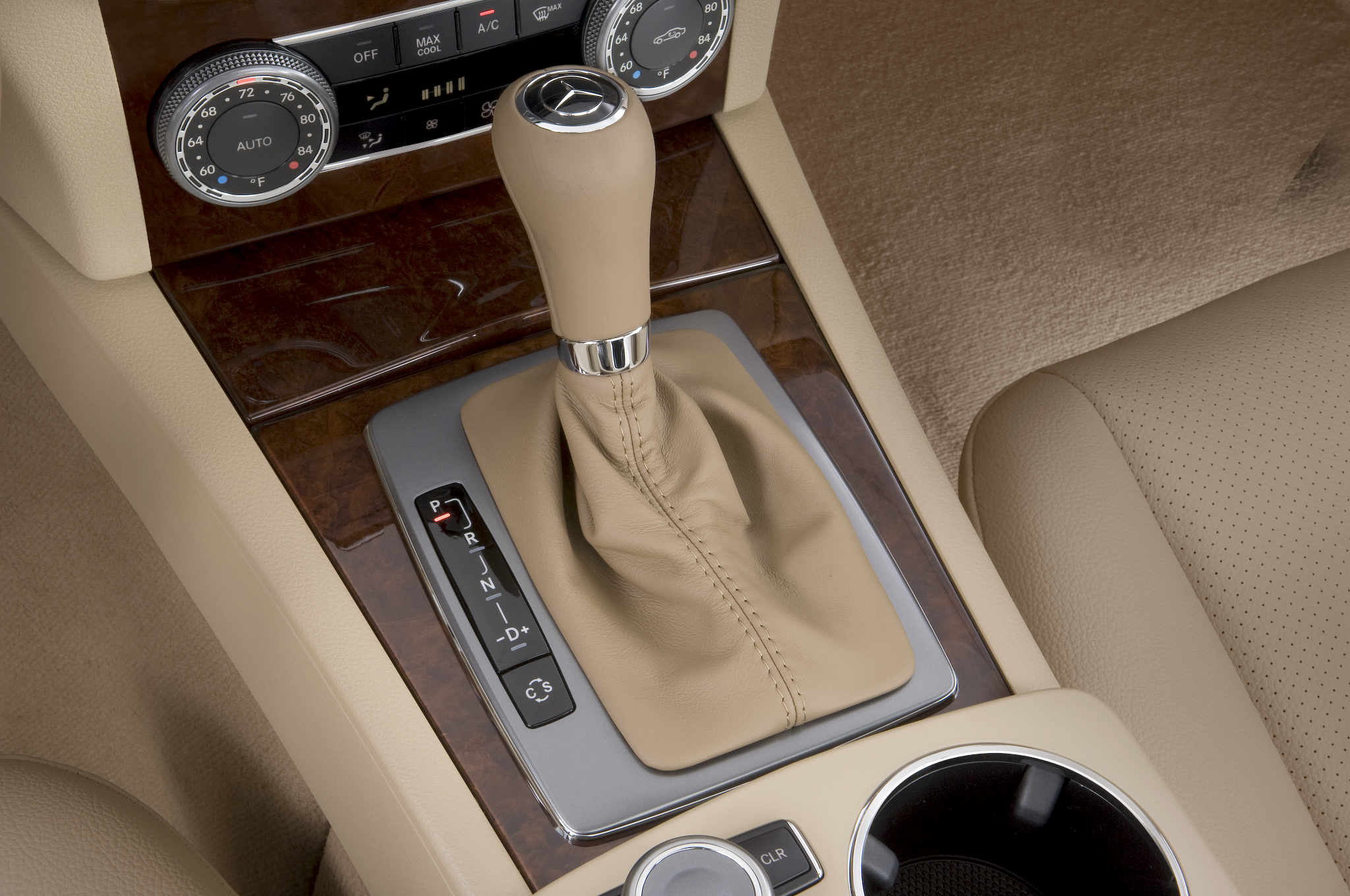 2010 mercedes benz c63 amg automobile magazine for Mercedes benz gloves