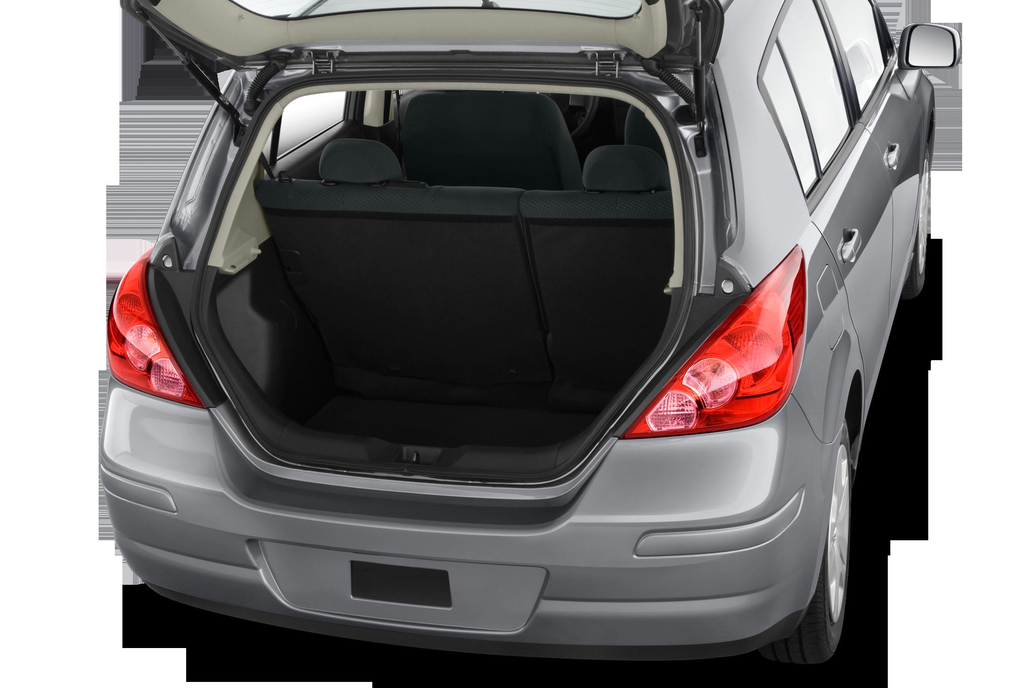 Nissan versa trunk size