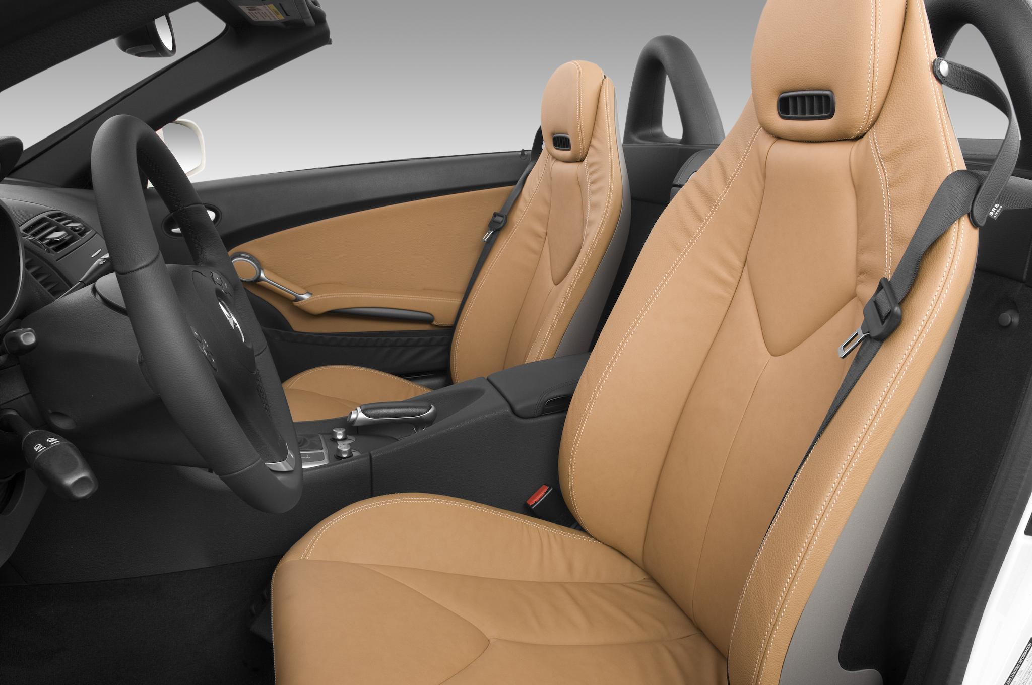 Bmw z4 sdrive35is vs mercedes benz slk350 comparison for Mercedes benz car seat covers sale