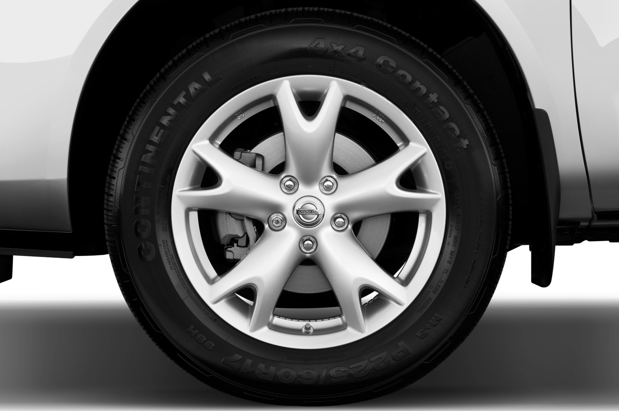 2011 nissan rogue sv automobile magazine 1234 vanachro Choice Image