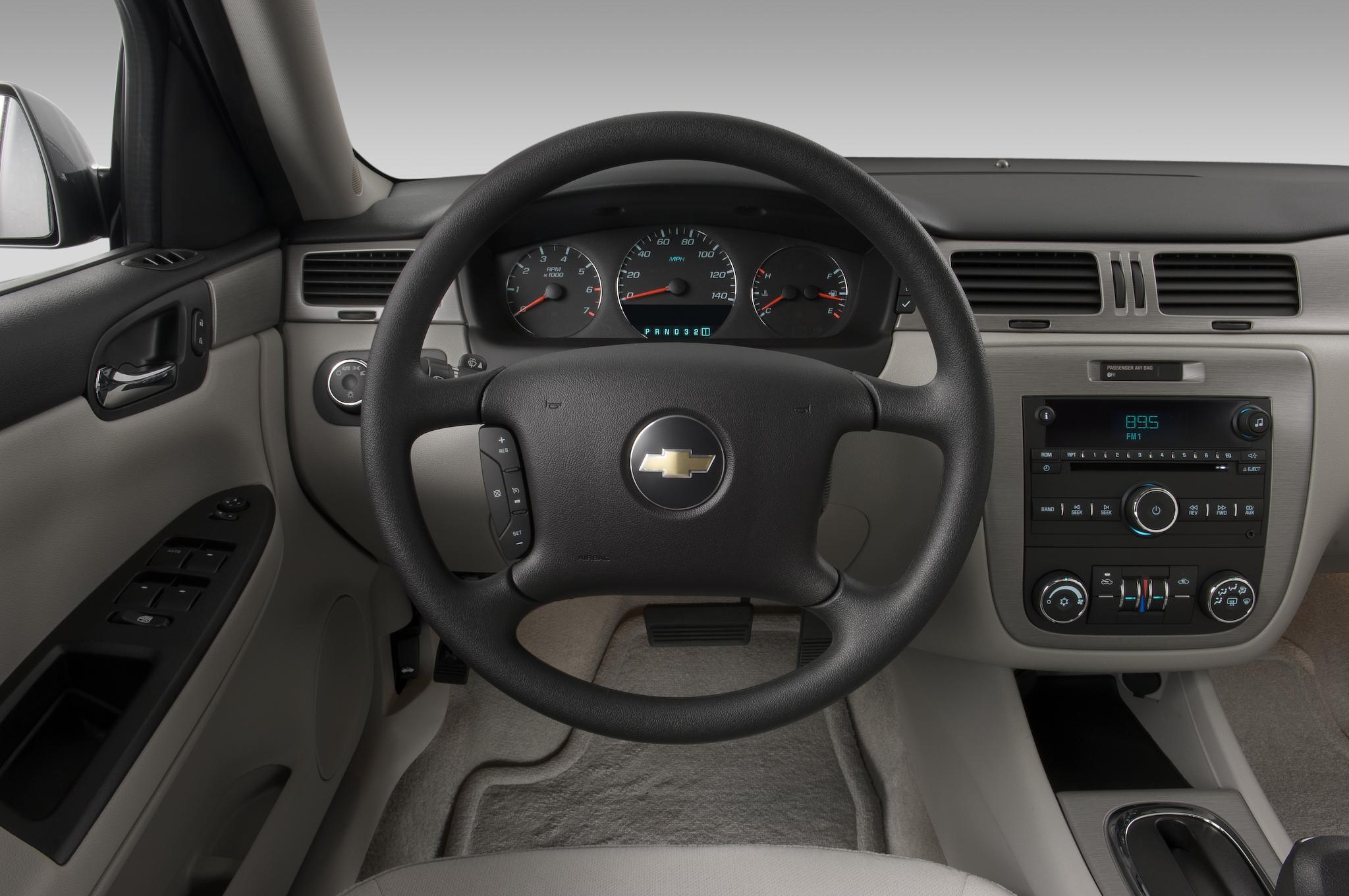 Should chevrolet produce an impala ss for Chevrolet impala 2013 interior
