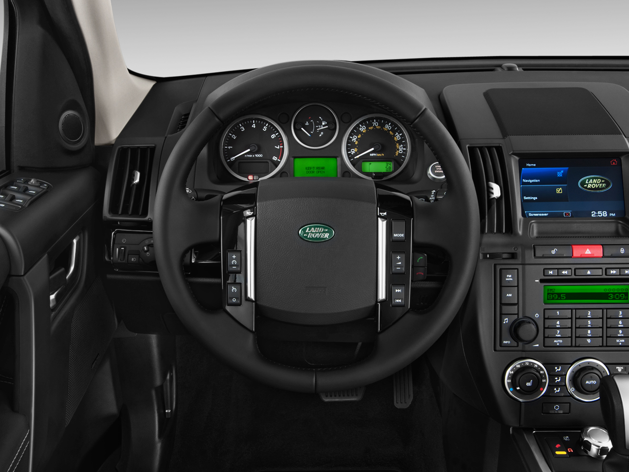 http://st.automobilemag.com/uploads/sites/10/2015/11/2012-land-rover-lr2-hse-suv-steering-wheel.png