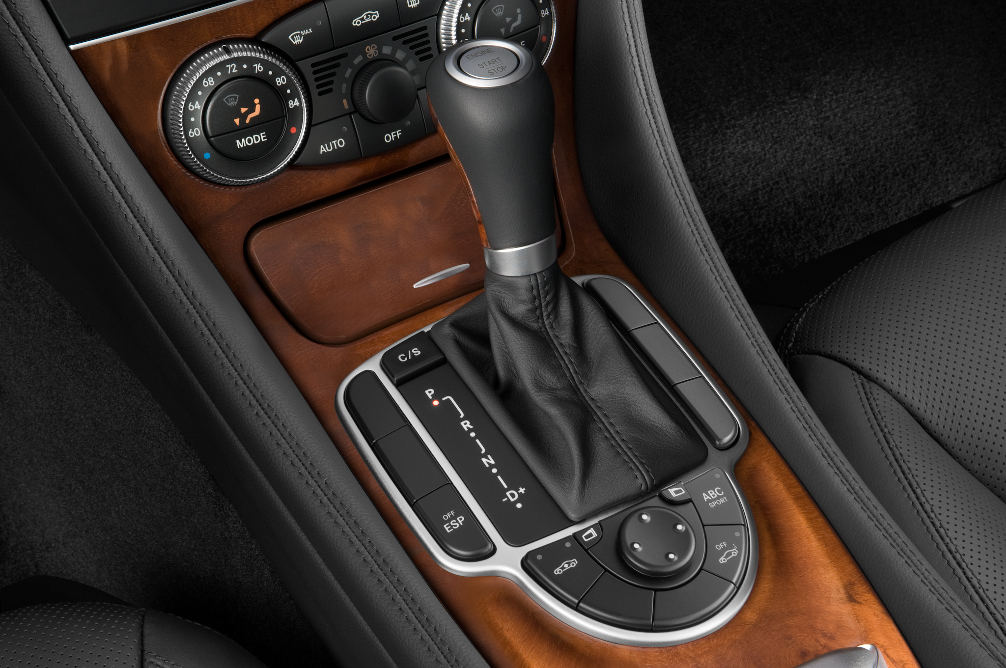 The most beautiful naked body i ve ever seen for Mercedes benz gear shift