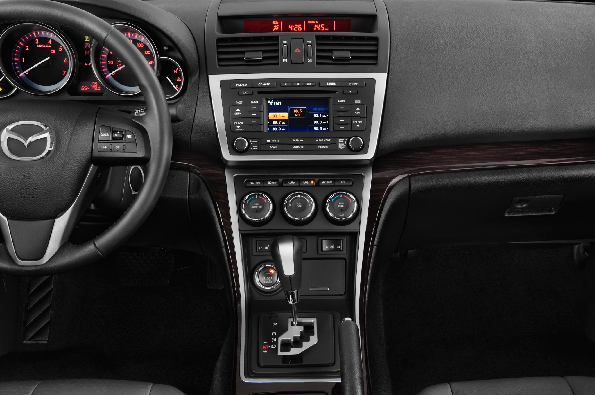 http://st.automobilemag.com/uploads/sites/10/2015/11/2013-mazda-mazda6-i-grand-touring-at-sedan-instrument-panel.png