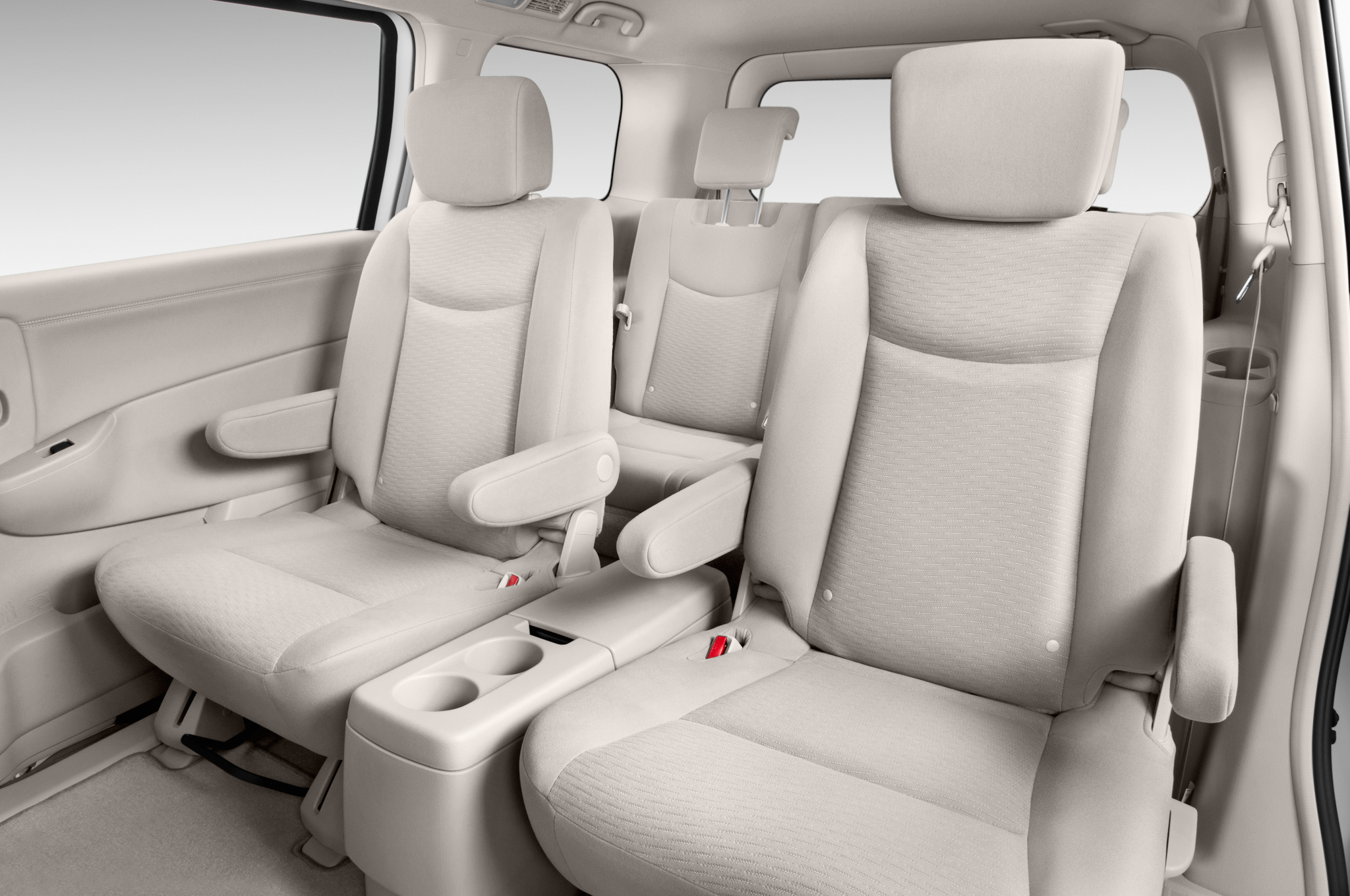 2015 Nissan Quest Starts at $27,415