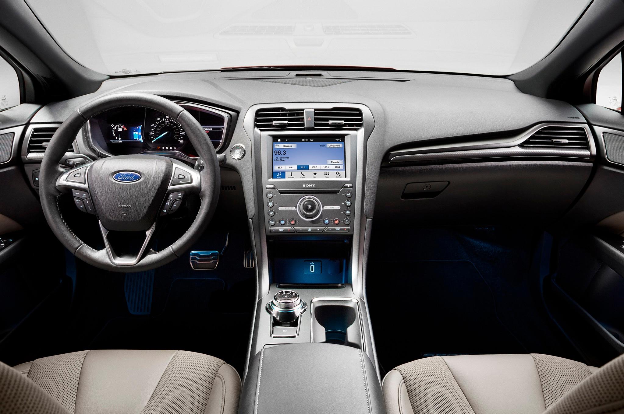2017 ford fusion refreshed for detroit adds 325 hp v6 sport model. Black Bedroom Furniture Sets. Home Design Ideas