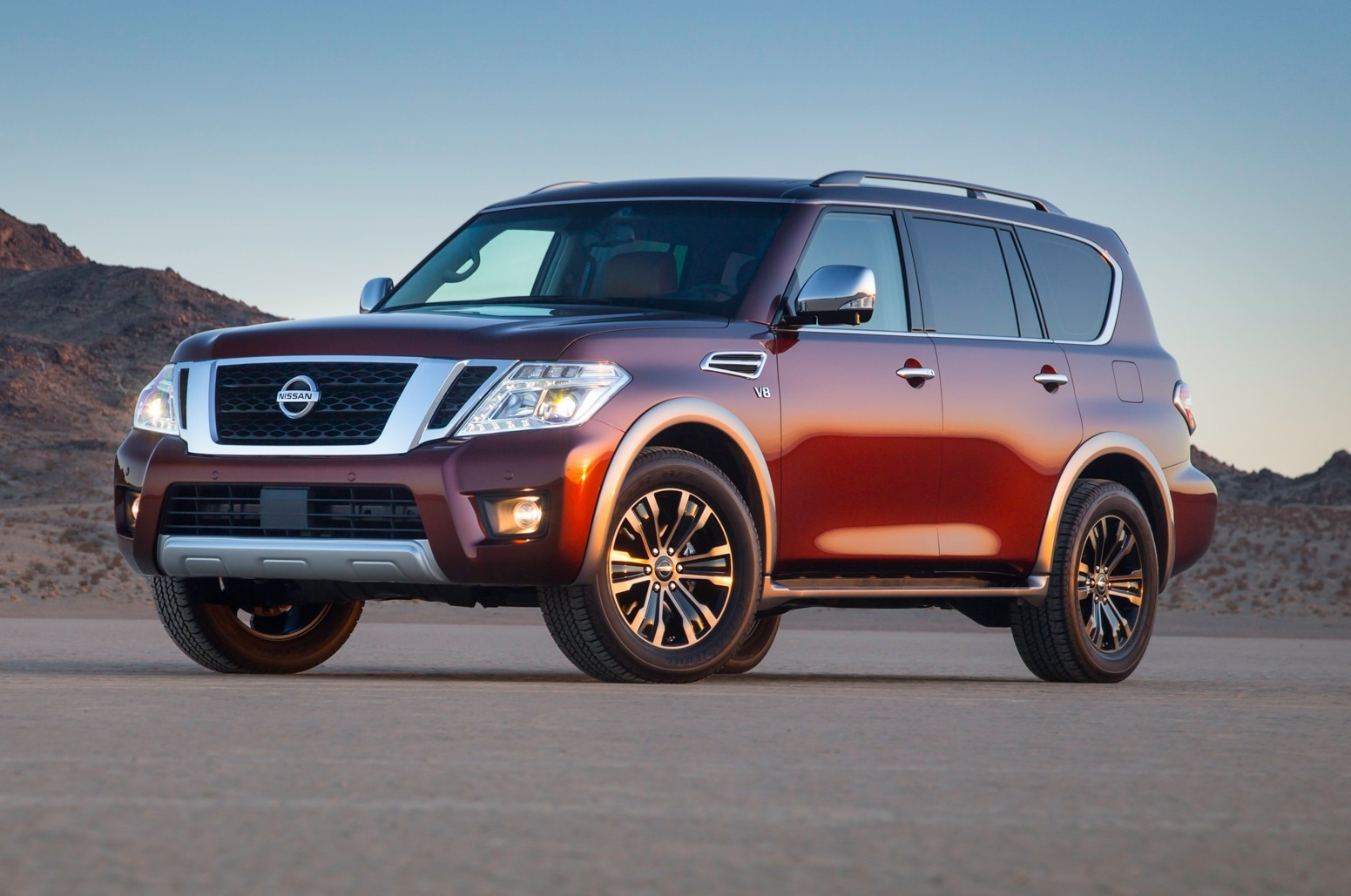 up close and personal with the 2017 nissan armada platinum. Black Bedroom Furniture Sets. Home Design Ideas