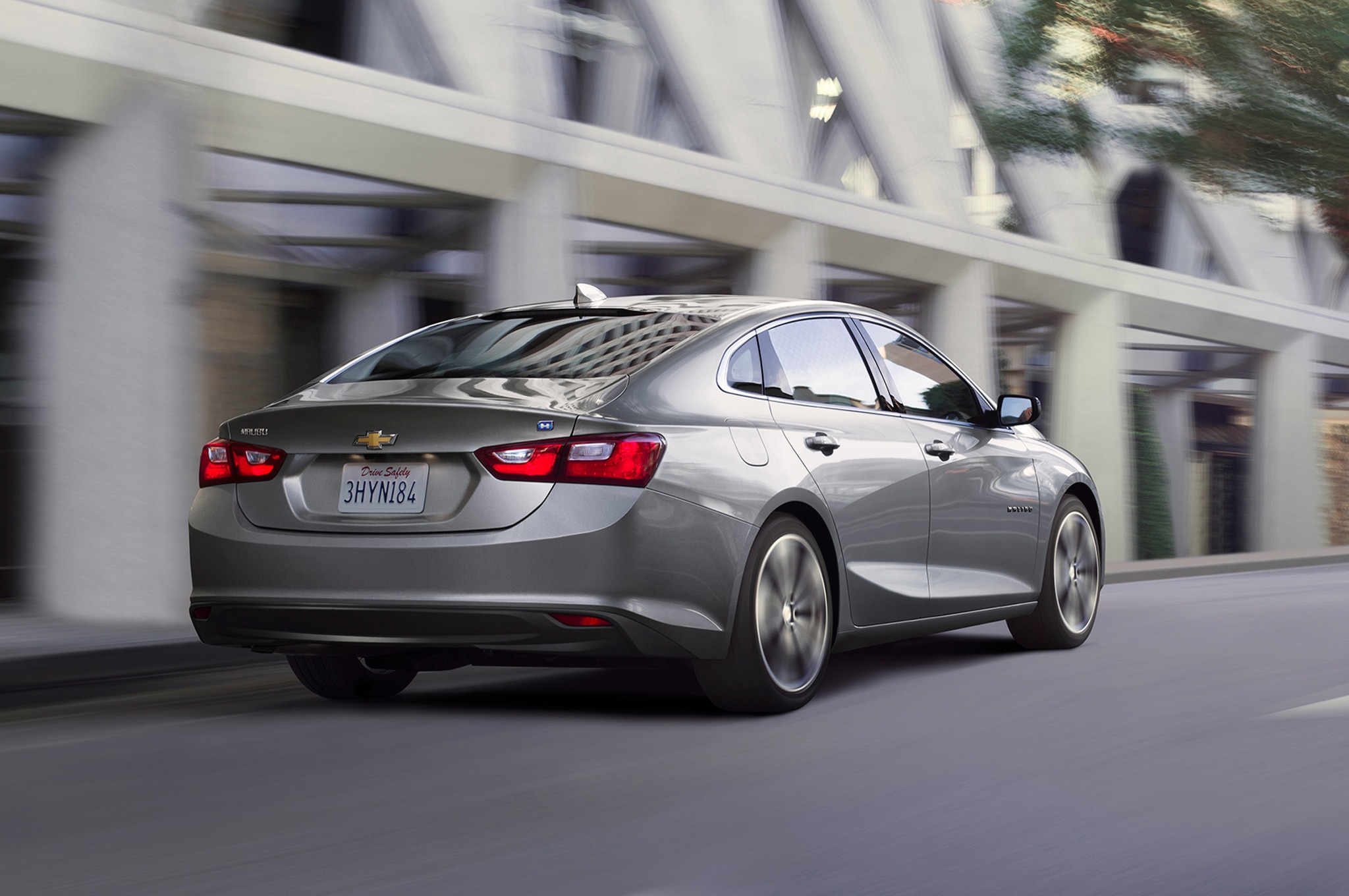 2016 chevrolet malibu hybrid returns 46 mpg automobile magazine. Black Bedroom Furniture Sets. Home Design Ideas