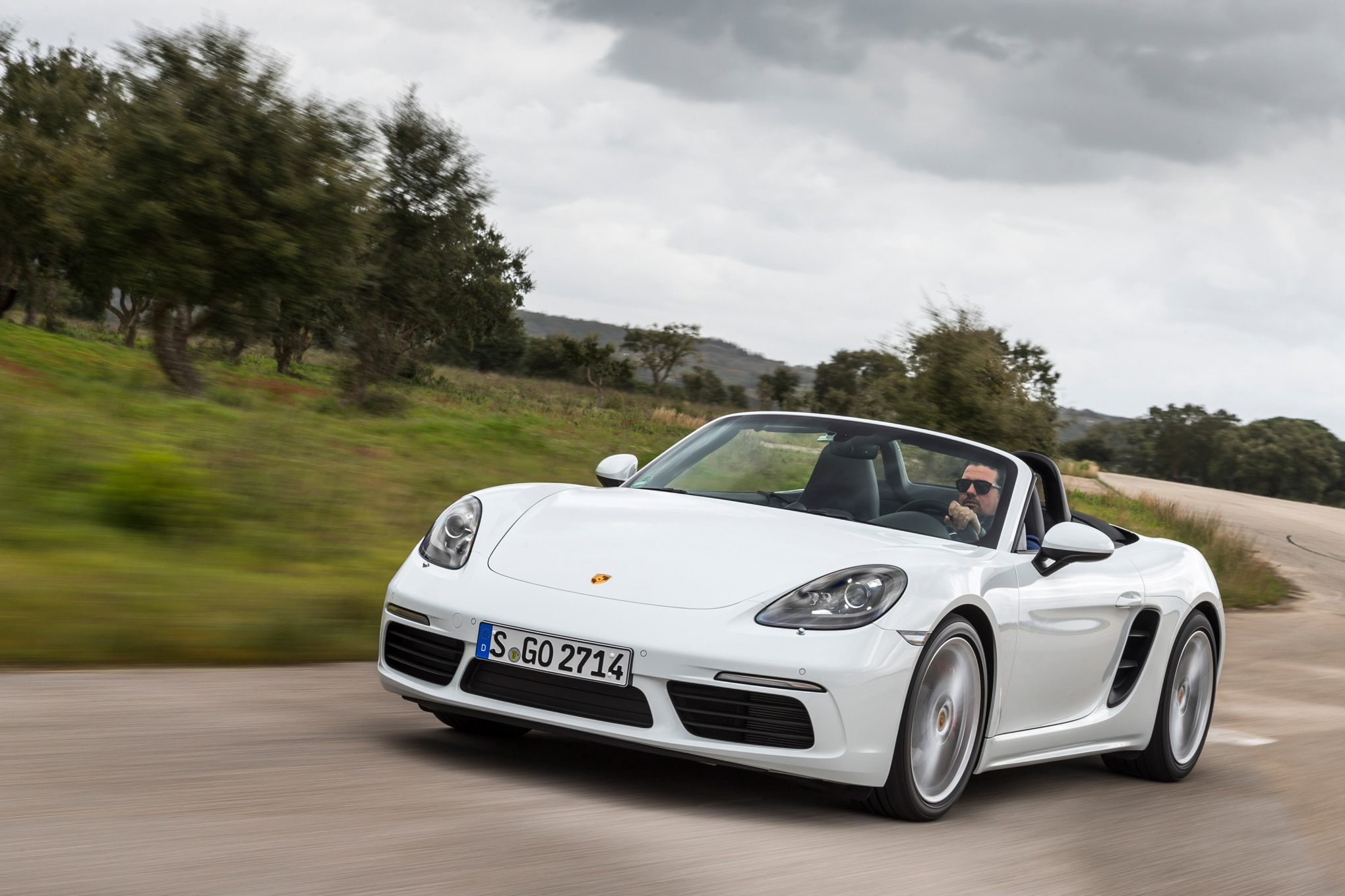 2017 Porsche 718 Boxster Fully Revealed With Turbo Flat Four Engines
