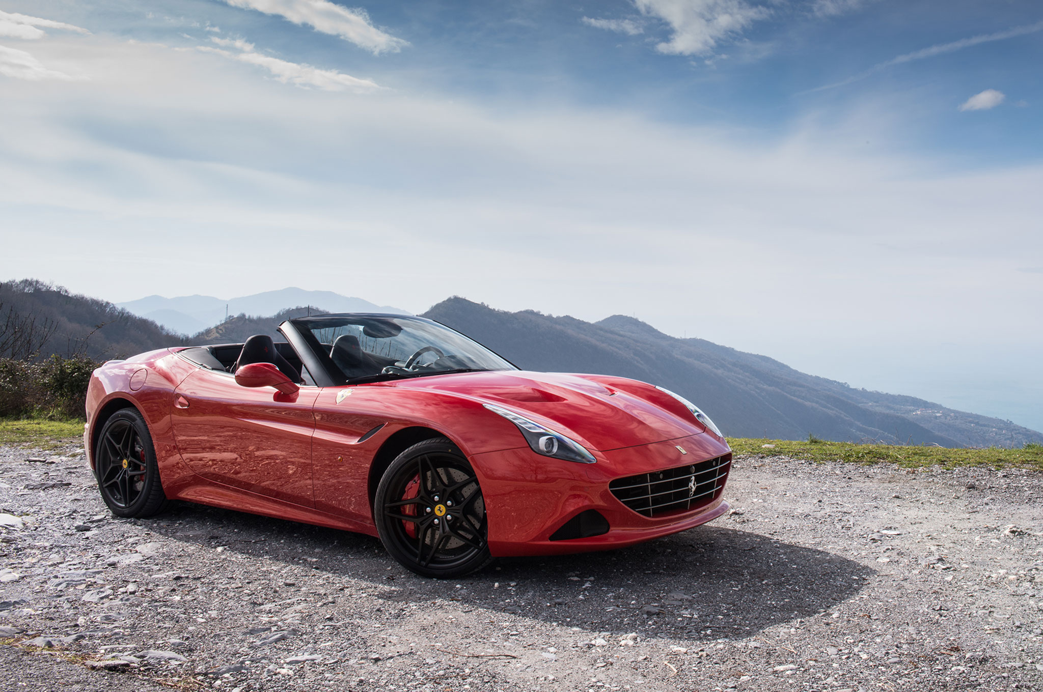 one weekend with 2016 ferrari california t automobile magazine. Black Bedroom Furniture Sets. Home Design Ideas