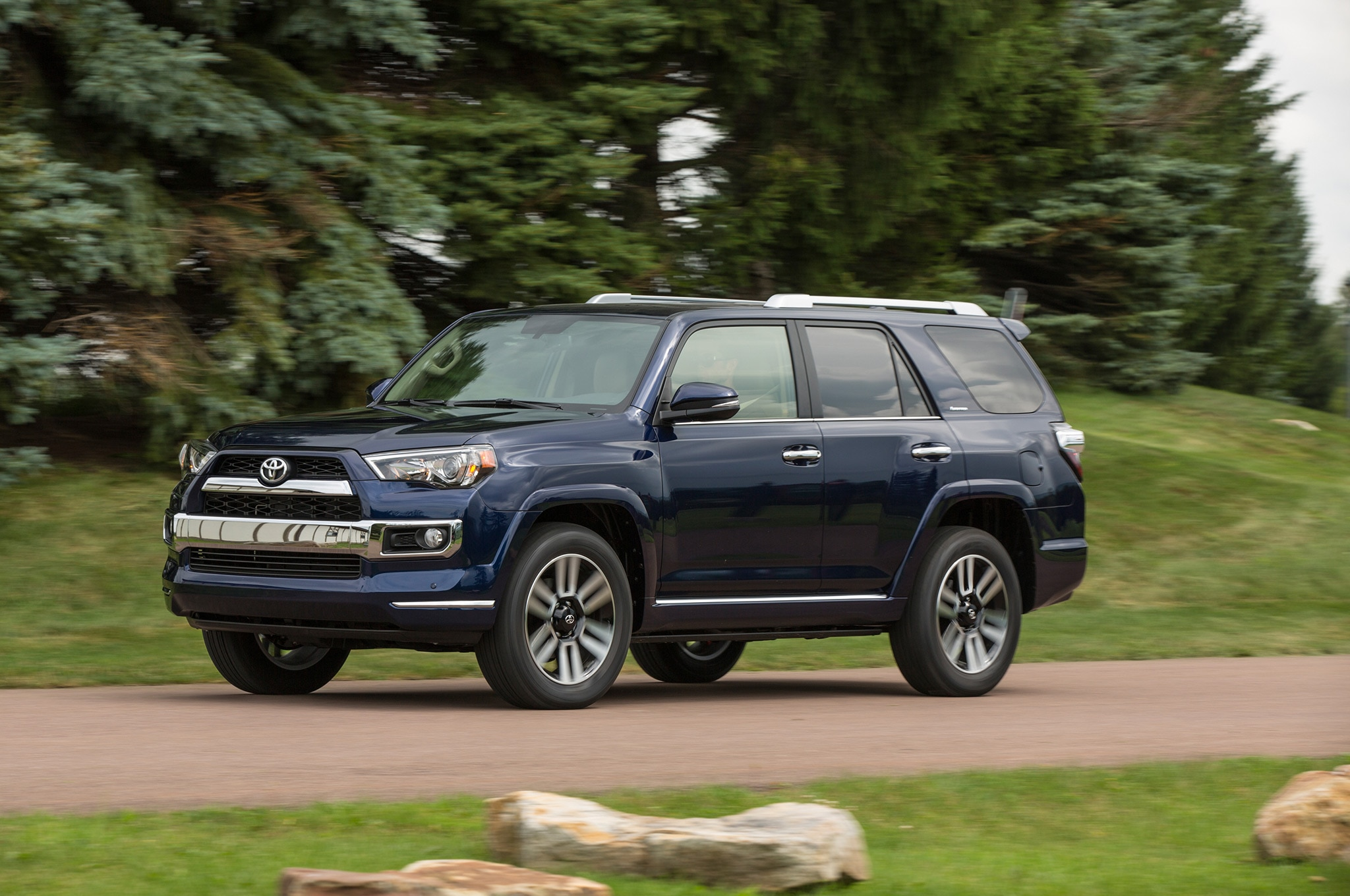 2005 toyota 4runner intellichoice review automobile. Black Bedroom Furniture Sets. Home Design Ideas