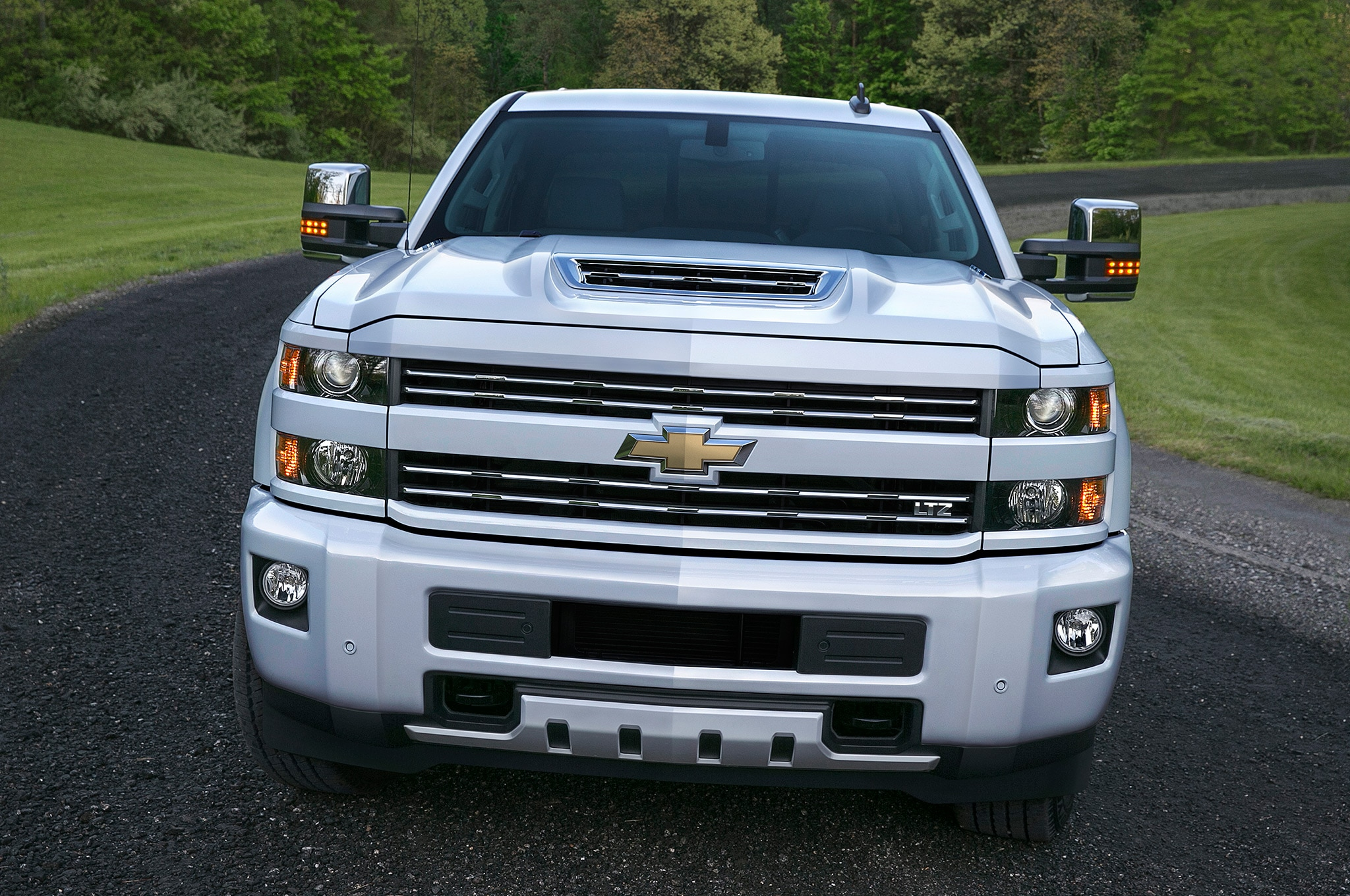 2017 Chevrolet Silverado 2500HD front end 2017 chevrolet silverado hd adds functional ram air hood scoop  at bakdesigns.co