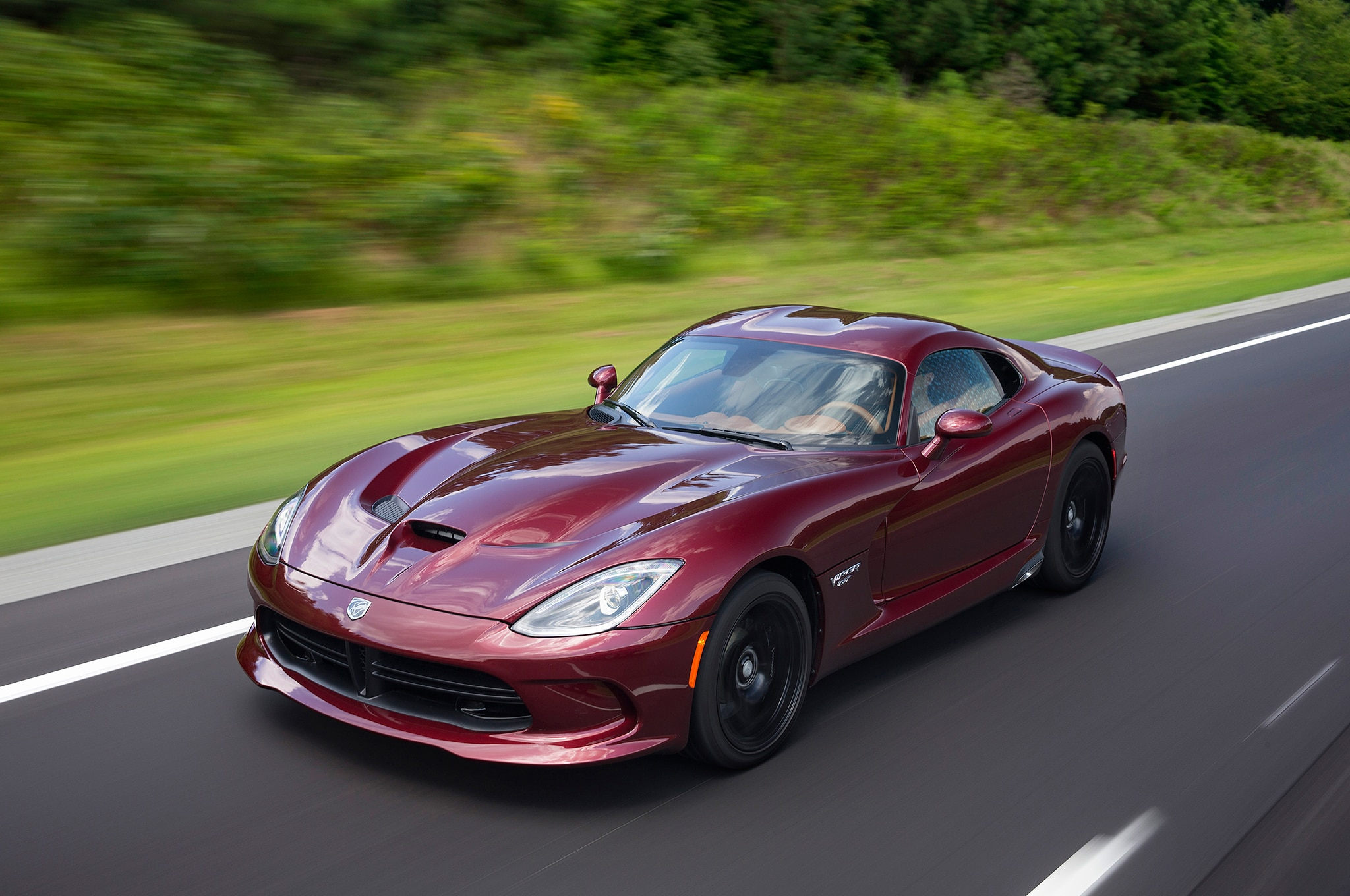 one last call coming for 2017 dodge viper orders automobile magazine. Black Bedroom Furniture Sets. Home Design Ideas