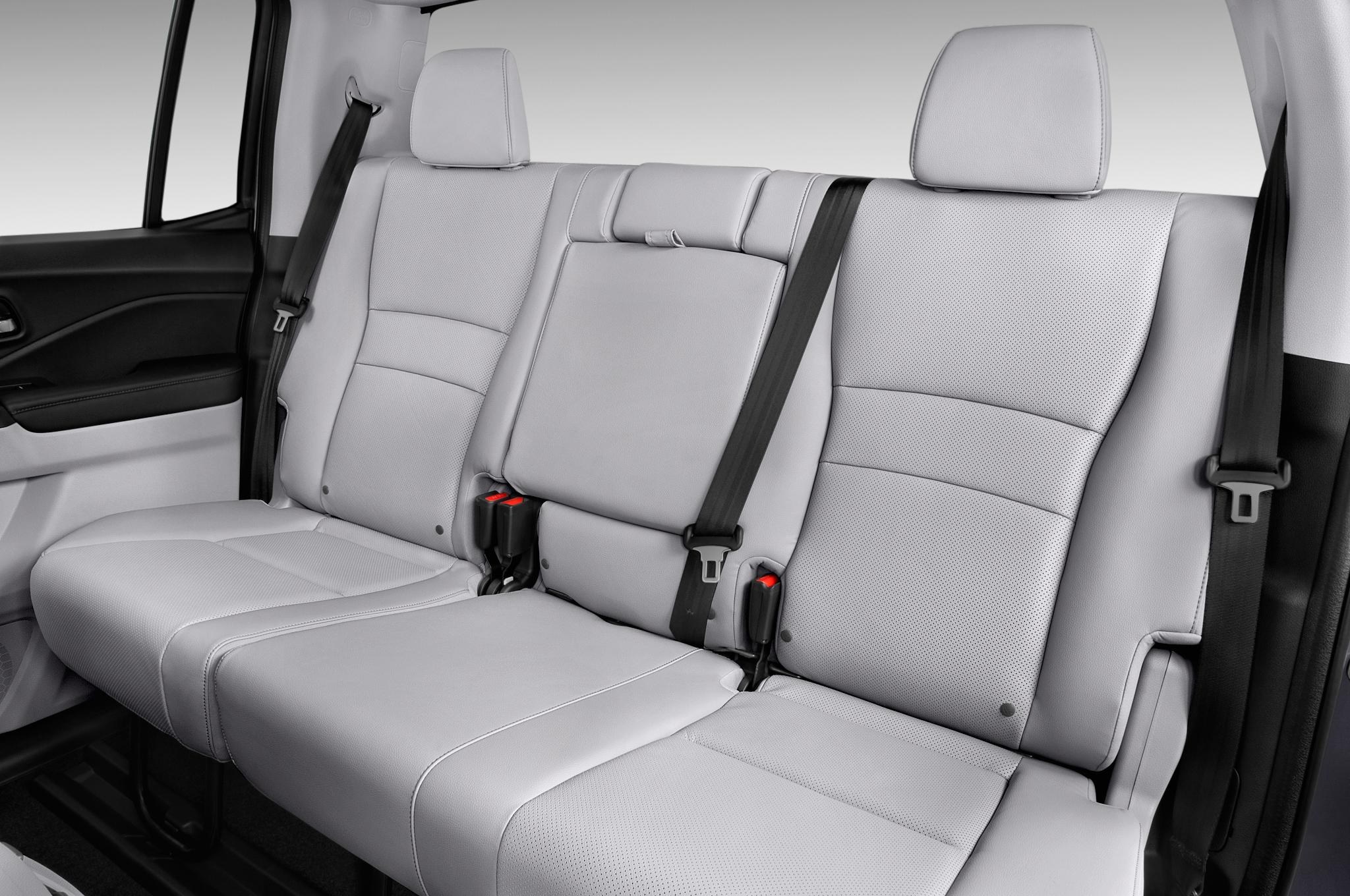 Rt 22 Honda >> 2017 Honda Ridgeline Shows Off Its Truck Bed Toughness ...