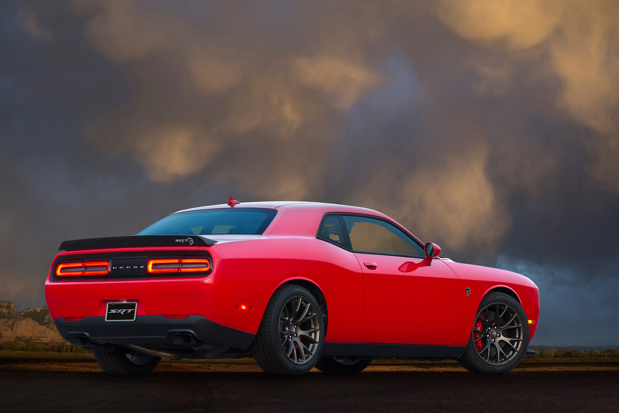 dodge unveils challenger stock car for nascar nationwide series. Black Bedroom Furniture Sets. Home Design Ideas