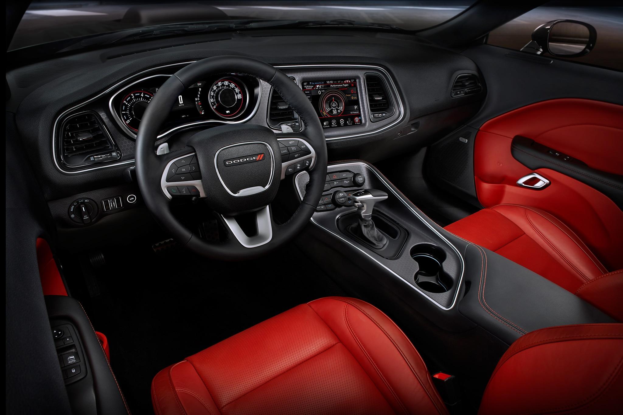 2017-Dodge-Challenger-SXT-Plus-cabin