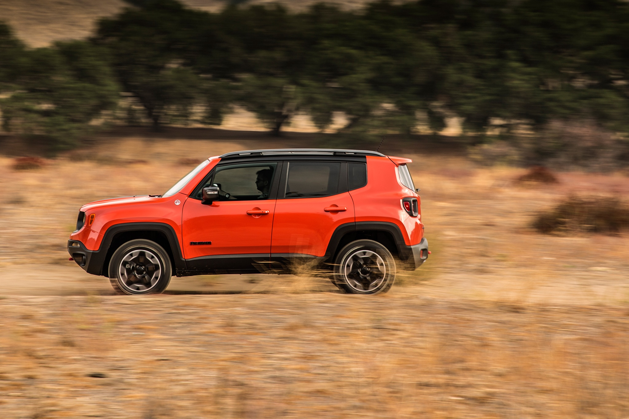 New 2017 Jeep Renegade Deserthawk To Debut At L.A. Auto